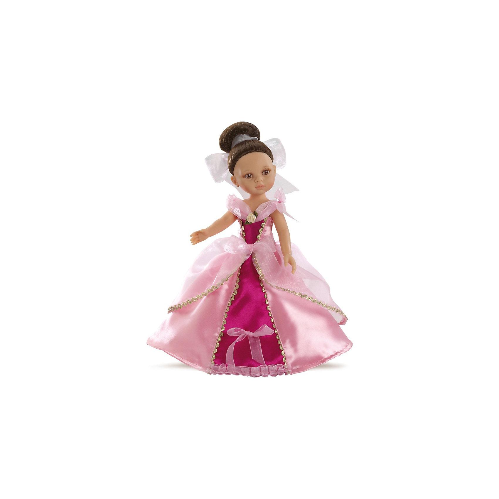 Кукла Кэрол, 32см, Paola ReinaКуклы<br>Кукла Кэрол, 32см, Paola Reina (Паола Рейна) - настоящая принцесса, в очень роскошном, изысканном платье. В платье Кэрол сочетается нежно-розовый и ярко-розовый цвет. Оно декорировано золотой тесьмой и маленькой розочкой на воротнике. Темные волосы Кэрол собраны в элегантный пучок и завязаны белой атласной лентой. Дополняет образ нежный аромат ванили. Кукла имеет уникальный, неповторимый дизайн лица и тела - все мельчайшие делали идеально выполнены и проработаны.<br>Кукла отличается высоким качеством и производится из высококачественного винила без вредных эфирных соединений и безопасна для детей.<br><br>Дополнительная информация:<br><br>- Ручная работа (ресницы, веснушки, щечки, губы, прическа) делает кукол от Paola Reina настолько натуральными, что их лицо выглядит совсем как живое<br>- Ножки, ручки и голова поворачиваются<br>- Глаза не закрываются<br>- Волосы очень похожи на натуральные, они легко расчесываются и блестят<br>- Эксклюзивная одежда из высококачественного текстиля<br>- Материалы: кукла изготовлена из винила, глаза выполнены в виде кристалла из прозрачного твердого пластика, волосы сделаны из высококачественного нейлона<br>- Национальность: европейка<br>- Рост куклы: 32 см.<br>- Упакована в картонную коробку с окошком<br>- Качество подтверждено нормами безопасности EN17 ЕЭС<br><br>Куклу Кэрол, 32см, Paola Reina (Паола Рейна) можно купить в нашем интернет-магазине.<br><br>Ширина мм: 120<br>Глубина мм: 240<br>Высота мм: 410<br>Вес г: 708<br>Возраст от месяцев: 36<br>Возраст до месяцев: 144<br>Пол: Женский<br>Возраст: Детский<br>SKU: 3816416