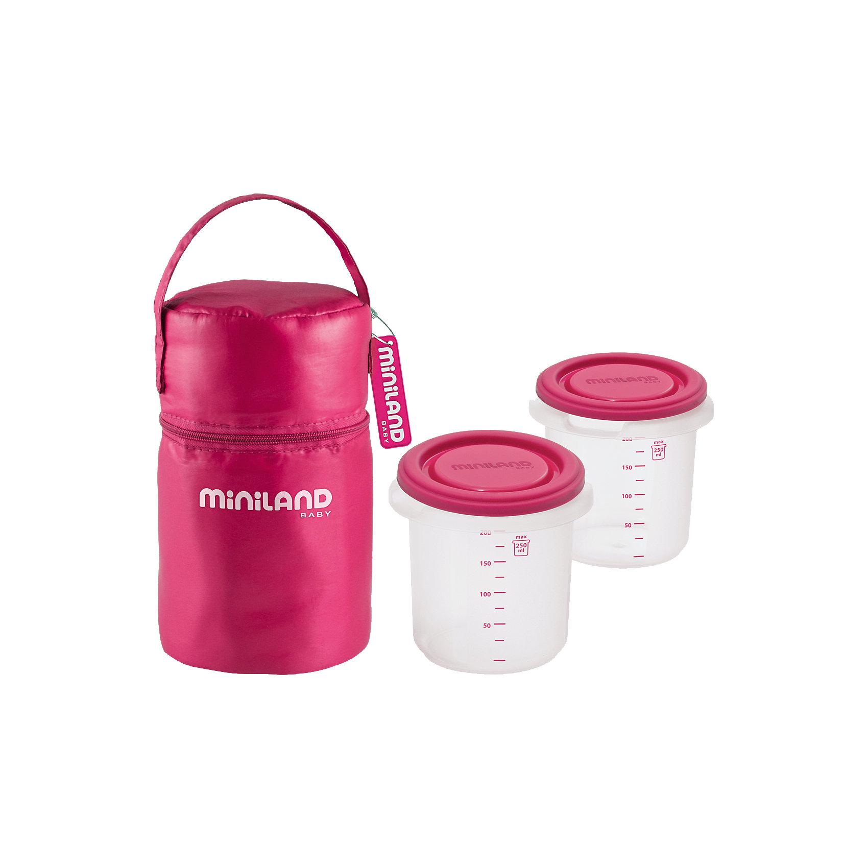 Термосумка с 2-мя мерными стаканчиками, HERMISIZED, розовыйТермосумки и термосы<br>Удобная и практичная Термосумка Pack-2-go Hermisized поможет Вам накормить малыша во время прогулок и путешествий в любом месте. Сумка изготовлена плотного термоматериала, который помогает поддерживать нужную температуру пищи в течение длительного периода времени. Внутри сумки 2 герметичных мерных контейнера в форме стаканов, которые отлично подойдут для хранения детского питания, пюре и каш. Шкала на стенках позволяет легко дозировать питание. Контейнеры можно извлечь из сумки и замораживать в холодильнике, разогревать в микроволновой печи и мыть в посудомоечной машине.<br><br>Сумка застегивается на молнию, имеются большой карман, удобная ручка для транспортировки и липучки для крепления к коляске или сумке.  <br><br>Дополнительная информация:<br><br>- В комплекте: термосумка и 2 мерных стаканчика.<br>- Цвет: розовый.<br>- Материал: плотный термоматериал, пластик.<br>- Размер сумки: 10 х 10 х 15 см.<br>- Размер контейнера: 8,5 х 8,5 х 8,5 см.<br>- Вес: 0,38 кг.<br><br>Термосумку с 2 мерными стаканчиками Pack-2-go Hermisized можно купить в нашем интернет-магазине.<br><br>Ширина мм: 192<br>Глубина мм: 106<br>Высота мм: 106<br>Вес г: 167<br>Цвет: розовый<br>Возраст от месяцев: 0<br>Возраст до месяцев: 12<br>Пол: Женский<br>Возраст: Детский<br>SKU: 3827595