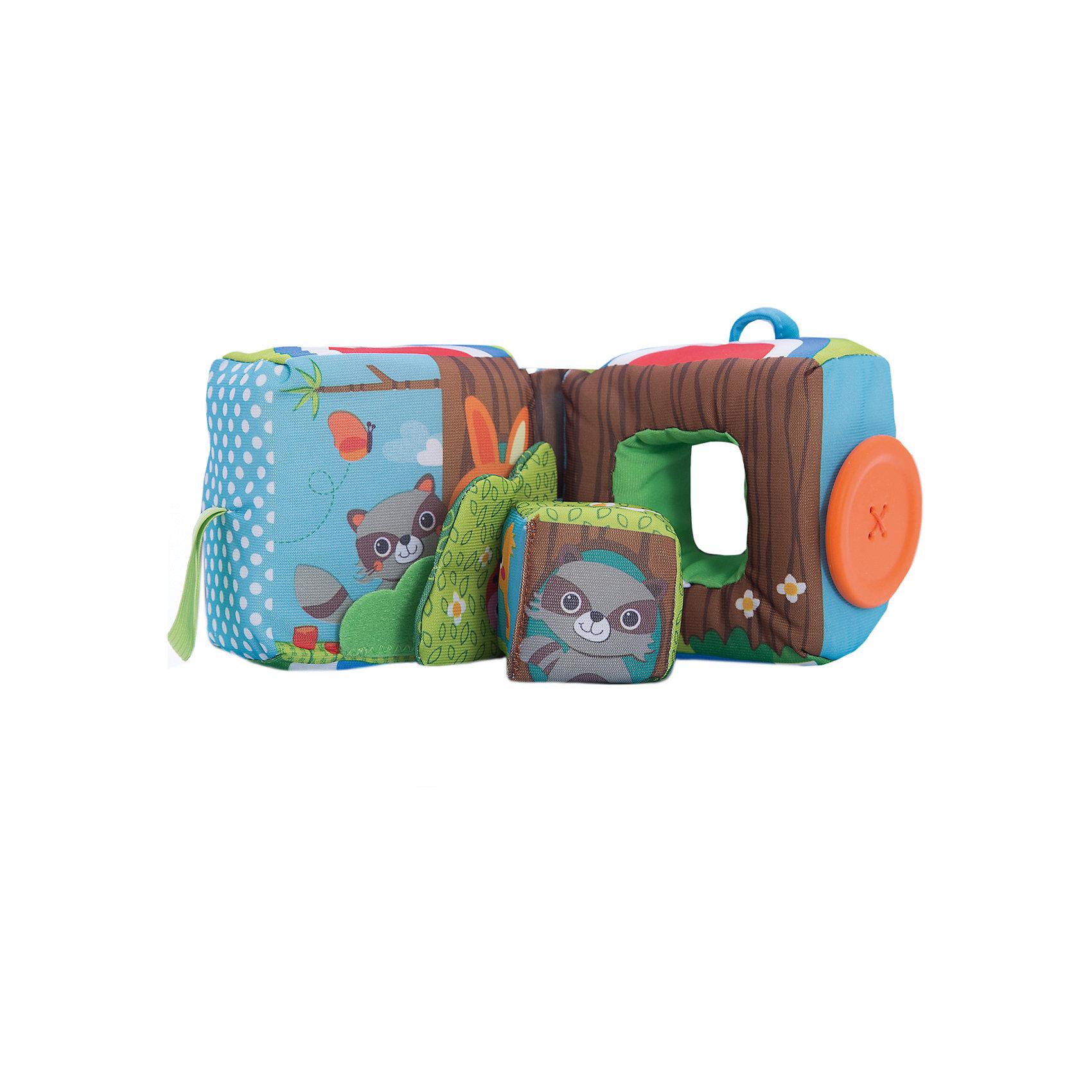 Развивающая книжка-куб, Tiny LoveКнижки-игрушки<br>Развивающая книжка-куб, Tiny Love (Тини Лав) - красочная привлекательная игрушка, которая надолго займет внимание Вашего малыша. Игрушка представляет собой мягкую книжку сложенную в куб, если расстегнуть пуговичку, куб разделится на две половинки. Внутри большого куба вкладывается маленький куб на веревочке, на котором изображены забавные зверюшки - енот и зайчик, божья коровка и гусеница, маленький птенчик и бабочки. В каждой из половинок малыша ждут приятные сюрпризы - шуршащий элемент, погремушка, безопасное зеркальце, маленький кубик, пуговица-прорезыватель. Игрушка очень удобна для маленьких ручек ребенка, он будет с интересом держать ее в руках, раскладывать и складывать. <br><br>Игрушка  выполнена из различных материалов, что поможет развить тактильную чувствительность у ребенка. Яркие цвета и различные игровые элементы стимулируют самостоятельное обучение и исследование, знакомят малыша с формами и цветами, способствуют развитию внимания, памяти и воображения. Куб изготовлен из экологических безопасных материалов и красителей.<br><br>Дополнительная информация:<br><br>- Материал: текстиль, пластик.<br>- Размер игрушки: 10 х 10 см. <br>- Вес: 0,4 кг.<br><br>Развивающую книжку-куб, Tiny Love (Тини Лав) можно купить в нашем интернет-магазине.<br><br>Ширина мм: 174<br>Глубина мм: 138<br>Высота мм: 243<br>Вес г: 344<br>Возраст от месяцев: 0<br>Возраст до месяцев: 12<br>Пол: Унисекс<br>Возраст: Детский<br>SKU: 3867805