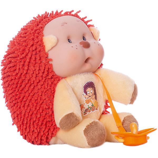 Ежик Энди, YogurtinisМягкие игрушки животные<br>Пупсы Yogurtinis (Йогуртини) Лесные Друзья это новая серия милейших зверят от знаменитого производителя ароматных пупсов Yogurtinis (Йогуртини). Ароматный пупс и любимый лесной зверек в одной игрушке, лучшего подарка для малыша не придумать! Милый и забавный Ежик Энди станет лучшим другом малыша, ведь он только недавно родился и тоже с радостью познает мир. Энди мягкий, приятный на ощупь, и как любой малыш ежик вкусно пахнет. Кроха упакован в баночку, стилизованную под банку с вареньем, что сделает подарок еще более выразительным. <br>Забавная мордочка, выполненная из мягкого прорезиненного пластика будет неизменно вызывать улыбку у окружающих и дарить положительные эмоции малышу!<br><br>Дополнительная информация:<br><br>- В комплекте: пупс  Ежик Энди с соской в стилизованной банке для варенья;<br>- Новая серия Yogurtinis (Йогуртини) Лесные Друзья;<br>- Прекрасный подарок малышу;<br>- Мягкое тело;<br>- Прекрасный фруктовый аромат;<br>- Выразительное личико;<br>- Удобно брать в путешествия;<br>- Высота игрушки: 22 см;<br>- Размер упаковки: 14 х 14 х 18,5 см;<br>- Вес: 398 г<br><br>Ежика Энди, Yogurtinis (Йогуртини) можно купить в нашем интернет-магазине.<br><br>Ширина мм: 140<br>Глубина мм: 140<br>Высота мм: 185<br>Вес г: 398<br>Возраст от месяцев: 36<br>Возраст до месяцев: 72<br>Пол: Унисекс<br>Возраст: Детский<br>SKU: 3879023
