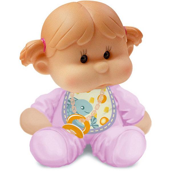 Пупс с мягконабивным телом, YogurtinisКуклы<br>Фруктовые пупсы Yogurtinis (Йогуртини) уже завоевали любовь малышек по всему миру, теперь и Ваша девочка сможет по достоинству оценить этих ароматных малышей. Новые пупсы из серии  Yogurtinis Potitos (Йогуртини) - очень мягкие и трогательные. Они станут любимцами даже у самых маленьких, ведь у них мягконабивное тельце и выразительная головка из мягкой экологичной резины. Малышка так и просится на ручки.  Благодаря мягкому тельцу, куколку так удобно брать с собой в кроватку. Она как и все малыши очень приятно пахнет. <br>Куколки упакованы в стилизованные баночки из под детского питания с ложечкой, что сделает подарок особенно выразительным. Ухаживая за пупсом, ребенок воспитывает в себе только самые полезные качества, учится заботе, доброте, развивает воображение и артистические навыки!<br><br>Дополнительная информация:<br><br>- В комплекте Пупс с мягконабивным телом, с соской  в  упаковке для детского питания;<br>- Прекрасный подарок маленькой девочке;<br>- Прекрасный фруктовый аромат;<br>- Выразительное личико;<br>- Удобно брать в путешествия;<br>- Высота куколки: 12 см;<br>- Размер упаковки: 12 х 12 х 15,5 см;<br>- Вес: 230 г<br><br>Пупса с мягконабивным телом, Yogurtinis (Йогуртини) можно купить в нашем интернет-магазине.<br><br>Ширина мм: 120<br>Глубина мм: 120<br>Высота мм: 155<br>Вес г: 230<br>Возраст от месяцев: 36<br>Возраст до месяцев: 72<br>Пол: Женский<br>Возраст: Детский<br>SKU: 3879028