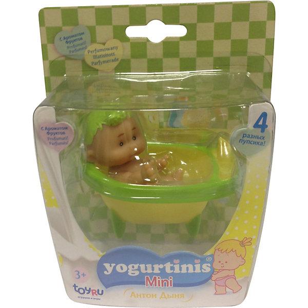 Мини Йогуртини с аксессуарами, YogurtinisКуклы<br>Фруктовые пупсы Yogurtinis (Йогуртини) уже завоевали любовь малышек по всему миру, теперь и Ваша девочка сможет по достоинству оценить этих трогательных ароматных малышей. Мини Yogurtinis (Йогуртини) -самые маленькие в коллекции ароматных пупсов. Девочке будет очень интересно с ними играть, ведь у каждой малышки в серии свой аксессуар: ванная, стульчик, <br>Кресло Качалка и ходунки!  Прелестные куколки сделаны из мягкой резины: все части тела у них подвижные, благодаря чему пупсики могут принимать разные положения и позы. Чудные маленькие пупсики идеально подходят для путешествий. <br>Особенность каждой куколки — это уникальный йогуртово-фруктовый аромат: малиновый, ананасовый, дынный, сливовый, яблочный, смородиновый. Каждая куколка эксклюзивна — у нее очень обаятельное личико, выразительный взгляд и, конечно, собственное имя! Четыре чудесные фруктовые очаровашки уже ждут Вашу малышку: выберете одну или соберите всю коллекцию!<br> <br>Дополнительная информация:<br><br>- В комплекте 1 куколка с аксессуаром (ванная, стульчик, <br>Кресло Качалка или ходунки);<br>- Мини-пупсики самые маленькие в коллекции;<br>- Прекрасный фруктовый аромат;<br>- Выразительное личико;<br>- Удобно брать в путешествия;<br>- Высота куколки: 7,5 см;<br>- Размер упаковки: 11,5 х 7,5 х 12,5 см;<br>- Вес: 83 г<br><br>Внимание! Куколки поставляются в четырех разных дизайнах. К сожалению заранее заказать определенный дизайн нельзя.<br><br>Мини Yogurtinis (Йогуртини) с аксессуарами, в ассортименте, Yogurtinis (Йогуртини) можно купить в нашем интернет-магазине.<br><br>Ширина мм: 115<br>Глубина мм: 75<br>Высота мм: 125<br>Вес г: 83<br>Возраст от месяцев: 36<br>Возраст до месяцев: 72<br>Пол: Женский<br>Возраст: Детский<br>SKU: 3879030