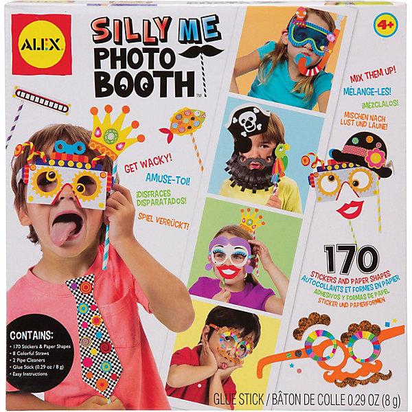 Набор для создания забавных масок Рассмеши меня, ALEXМаски и карнавальные костюмы<br>Популярное  развлечение на детских праздниках - необычные фотосессии.  Создай 13 разных веселых маски  -  пирата, подводного пловца,  робота, усача и других  необычных персонажей и заставь всех друзей и взрослых рассмеяться.<br><br>Дополнительная информация:<br><br>В наборе - 104 стикера разных форм, 62  картонных шаблона, 8 цветных палочек, 8 пушистых проволочек, клей карандаш и простая инструкция в картинках.<br>Размер упаковки: 25 х 25 х 5 см<br><br>Набор для создания забавных масок Рассмеши меня, ALEX (Алекс) можно купить в нашем магазине.<br><br>Ширина мм: 250<br>Глубина мм: 250<br>Высота мм: 50<br>Вес г: 454<br>Возраст от месяцев: 48<br>Возраст до месяцев: 108<br>Пол: Мужской<br>Возраст: Детский<br>SKU: 3881485