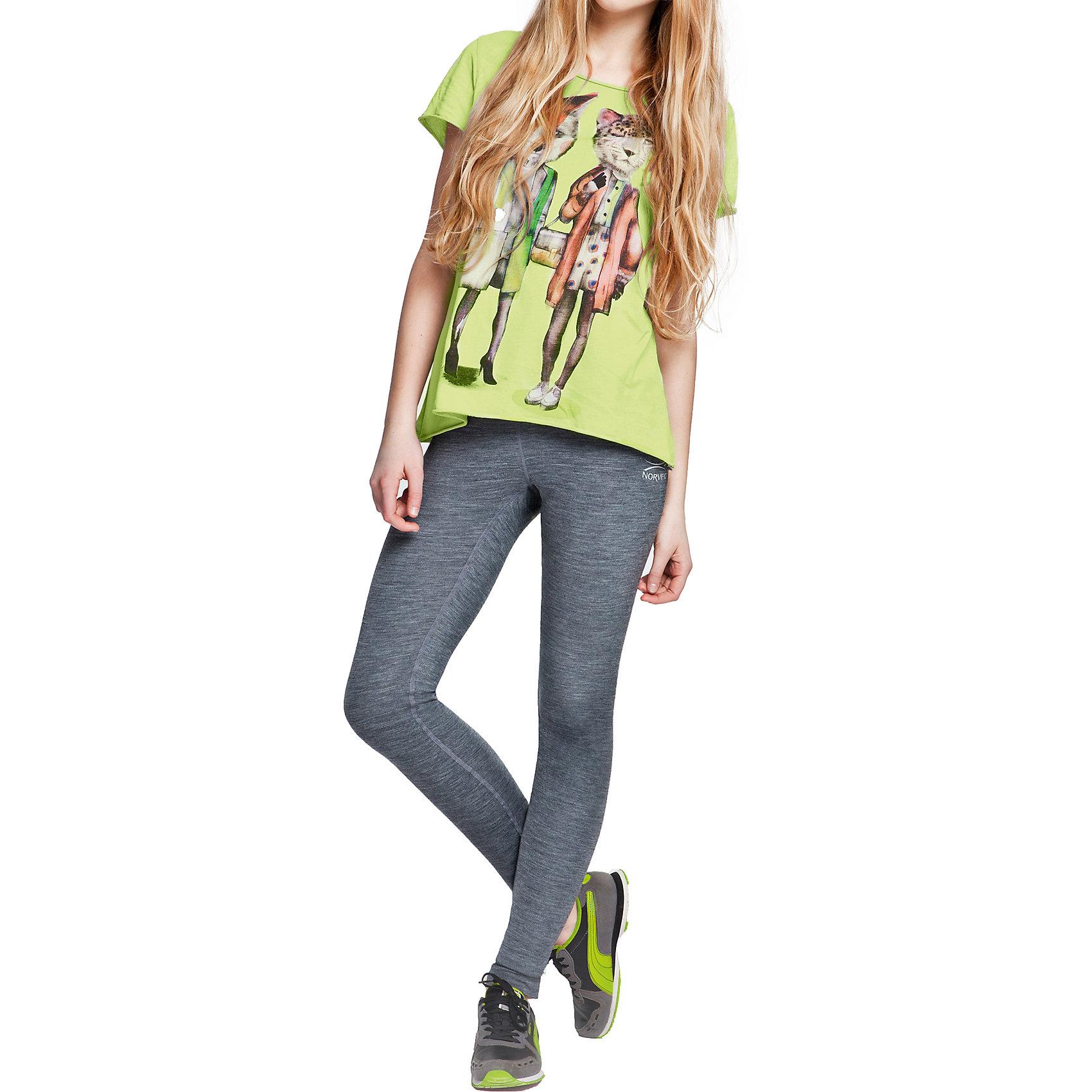 Леггинсы для девочки NorvegФлис и термобелье<br>Леггинсы для девочки от известного бренда Norveg<br><br>Термолеггинсы Norveg Soft Teens от немецкой компании Norveg (Норвег) - это удобная и красивая одежда, которая обеспечит комфортную терморегуляцию тела и на улице, и в помещении. <br>Она сделана из шерсти мериноса (австралийской тонкорунной овцы), которая обладает гипоаллергенными свойствами, поэтому не вызывает раздражения, даже если надета на голое тело.<br><br>Отличительные особенности модели:<br><br>- цвет: черный, сбоку принт с логотипом;<br>- швы плоские, не натирают и не мешают движению;<br>- анатомические резинки;<br>- материал впитывает влагу и сразу выводит наружу;<br>- анатомический крой;<br>- подходит и мальчикам, и девочкам;<br>- не мешает под одеждой.<br><br>Дополнительная информация:<br><br>- Температурный режим: от - 20° С  до +10° С.<br><br>- Состав: 100% шерсть мериноса<br><br>Леггинсы для девочки Norveg (Норвег) можно купить в нашем магазине.<br><br>Ширина мм: 123<br>Глубина мм: 10<br>Высота мм: 149<br>Вес г: 209<br>Цвет: черный<br>Возраст от месяцев: 108<br>Возраст до месяцев: 120<br>Пол: Женский<br>Возраст: Детский<br>Размер: 140/146,152/158,164/170<br>SKU: 3895094