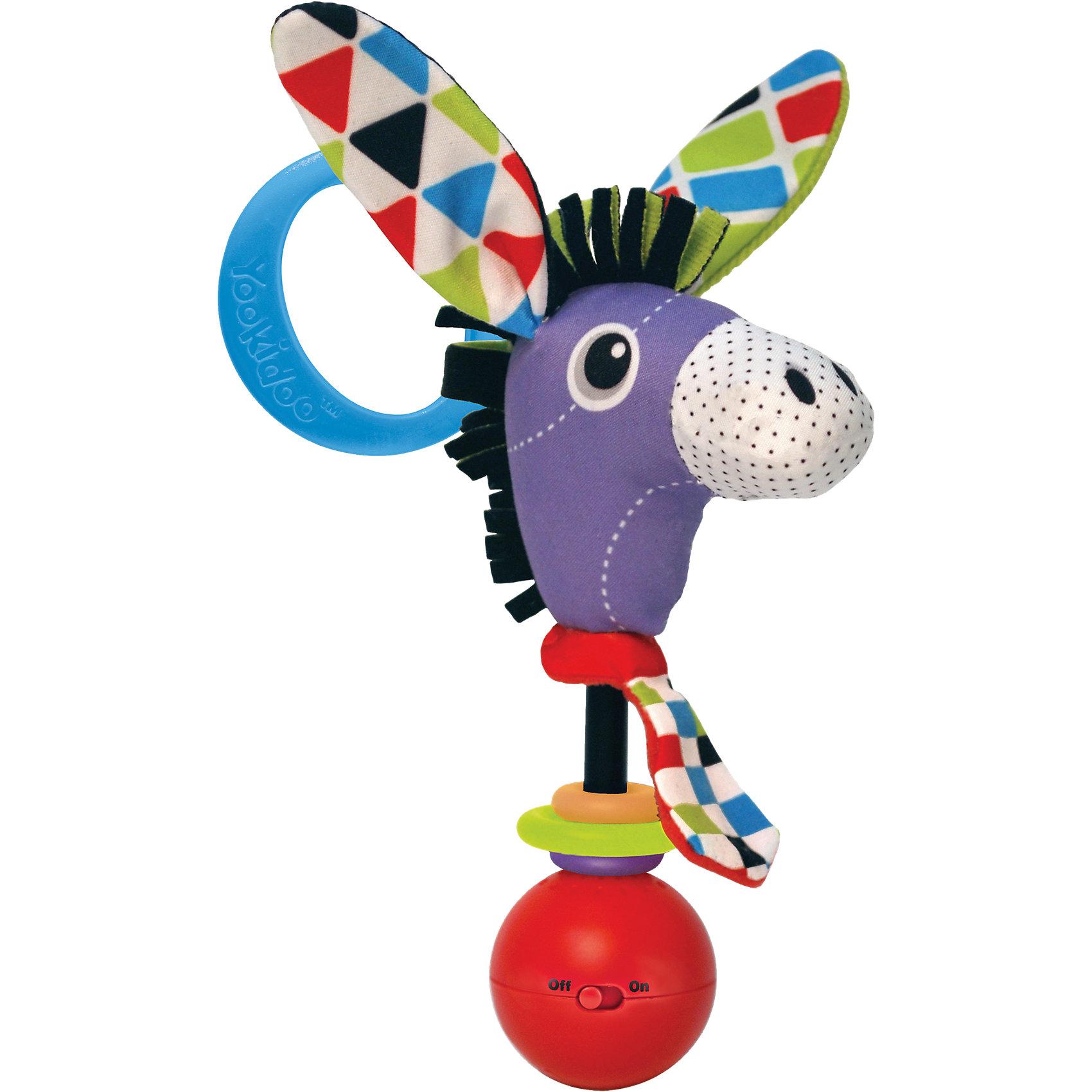 Погремушка Ослик,  YookidooИгрушки для малышей<br>Яркая и забавная погремушка в виде смешного Ослика не оставит равнодушным ни ребенка, ни взрослого. Погремушка оснащена звуковыми эффектами, которые включаются, когда ребенок ее встряхивает. В комплект к погремушке входит большое пластиковое кольцо, благодаря которому, ее можно подвесить в коляску или кроватку. Погремушка Ослик улучшит хватательные навыки малыша, укрепит мускулатуру детских рук, улучшит зрительное и слуховое восприятие, а также подарит хорошее настроение.<br><br>Дополнительная информация:<br><br>- Комплектация: погремушка, пластиковое кольцо для подвешивания.<br>- Материал: пластик, текстиль.<br>- Цвет: красный, голубой, белый, желтый, розовый, фиолетовый.<br>- Размер упаковки: 5 x 16 x 19 см.<br>- Звуковые эффекты: есть.<br>- Элемент питания: батарейки 3хLR44 (входят в комплект).<br><br>Погремушку Ослик,  Yookidoo можно купить в нашем магазине.<br><br>Ширина мм: 195<br>Глубина мм: 50<br>Высота мм: 165<br>Вес г: 63<br>Возраст от месяцев: 0<br>Возраст до месяцев: 12<br>Пол: Унисекс<br>Возраст: Детский<br>SKU: 3908345