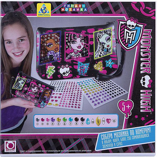 Мозаика-клатч Monster High, ОригамиMonster High<br>Мозаика-клатч Monster High, Оригами – это стильная сумочка для маленькой модницы с разноцветными самоклеющимися элементами.<br>Мозаика-клатч Monster High станет прекрасным подарком для каждой девочки. Набор выполнен в стиле Монстр Хай. Он не оставит равнодушным вашу малышку, ведь с его помощью она сможет самостоятельно украсить свою новую сумочку разноцветными стразами и прочими элементами декора. Самоклеющиеся элементы мозаики наносятся на основу по номерам. Для декорирования не требует клея и ножниц. В итоге, у крошки получится стильный клатч с изображением экстравагантных невероятно популярных учениц школы Монстров. С такой модной сумочкой можно пойти на самую крутую вечеринку! Данный набор прекрасно развивает моторику рук и координацию движения, а также воображение и аккуратность.<br><br>Дополнительная информация:<br><br>- В наборе: клатч, 295 сверкающих деталей для украшения<br>- Цвет: черный<br>- В сумочке 1 отделение, закрывается на молнию. Ручка-петелька для удобства<br>- Материал: картон, пластик, текстиль<br>- Размер упаковки: 20,3 x 6,4 x 20,3 см.<br><br>Мозаику-клатч Monster High, Оригами можно купить в нашем интернет-магазине.<br>Ширина мм: 203; Глубина мм: 64; Высота мм: 203; Вес г: 252; Возраст от месяцев: 48; Возраст до месяцев: 108; Пол: Женский; Возраст: Детский; SKU: 3911440;