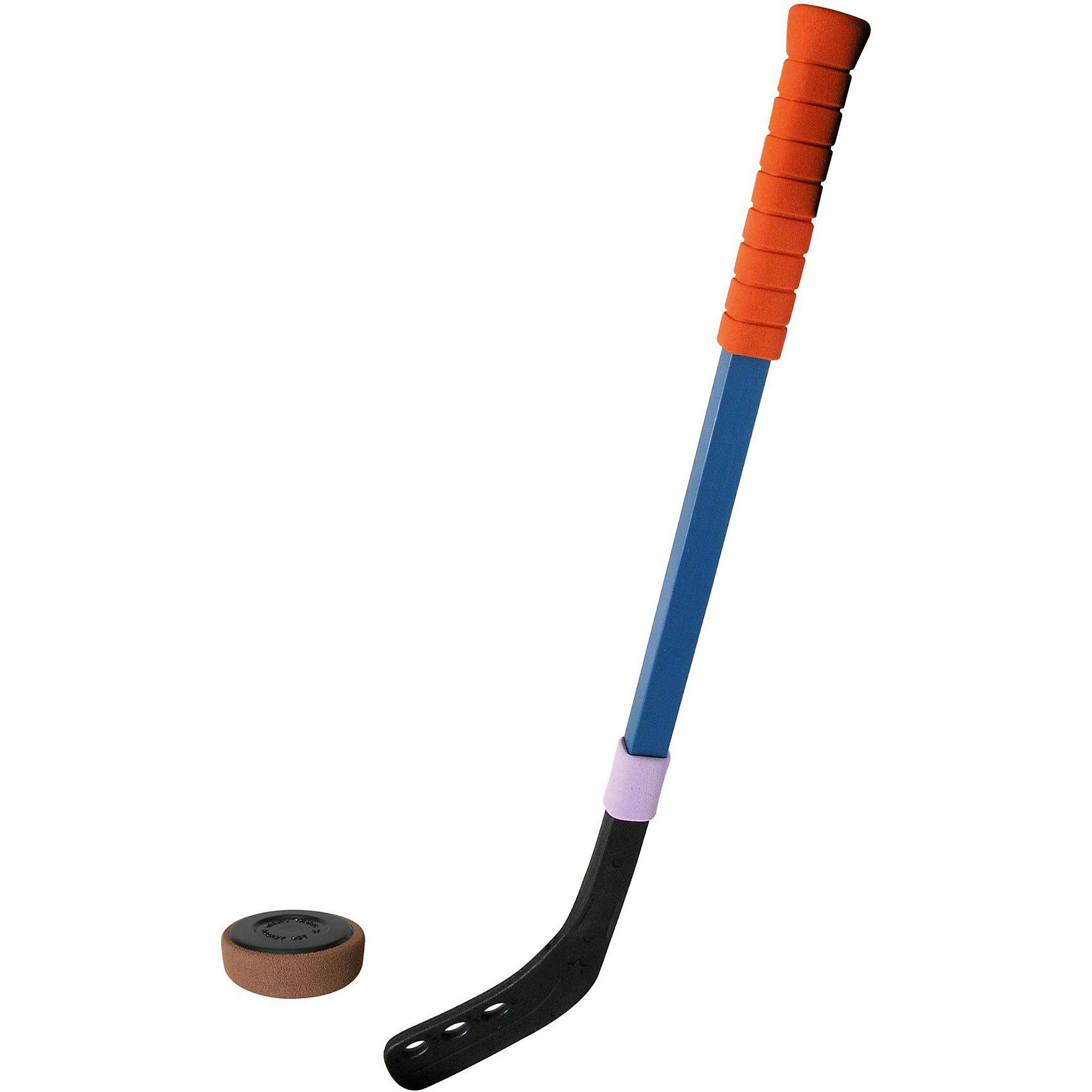 Клюшка хоккейная с шайбой, 70смЗимние забавы и игры - прекрасный вариант провести время с удовольствием и пользой.  Для большего удобства клюшка имеет прорезиненный рифленый наконечник, шайба - мягкое безопасное покрытие. Активный отдых на свежем воздухе хорошо укрепляет иммунитет и организм в целом.<br><br>Дополнительная информация:<br><br>- Комплектация: клюшка, шайба<br>- Размер клюшки: 70 см.<br>- Материал: пластик.<br>- Клюшка с удобной мягкой ручкой.<br><br>ВНИМАНИЕ! Данный артикул представлен в разных цветовых вариантах. К сожалению, заранее выбрать определенный вариант невозможно. При заказе нескольких клюшек  возможно получение одинаковых.<br><br>Клюшку хоккейную с шайбой, 70см, (в ассортименте) можно купить в нашем магазине.<br><br>Ширина мм: 835<br>Глубина мм: 140<br>Высота мм: 70<br>Вес г: 370<br>Возраст от месяцев: 48<br>Возраст до месяцев: 96<br>Пол: Мужской<br>Возраст: Детский<br>SKU: 3920310