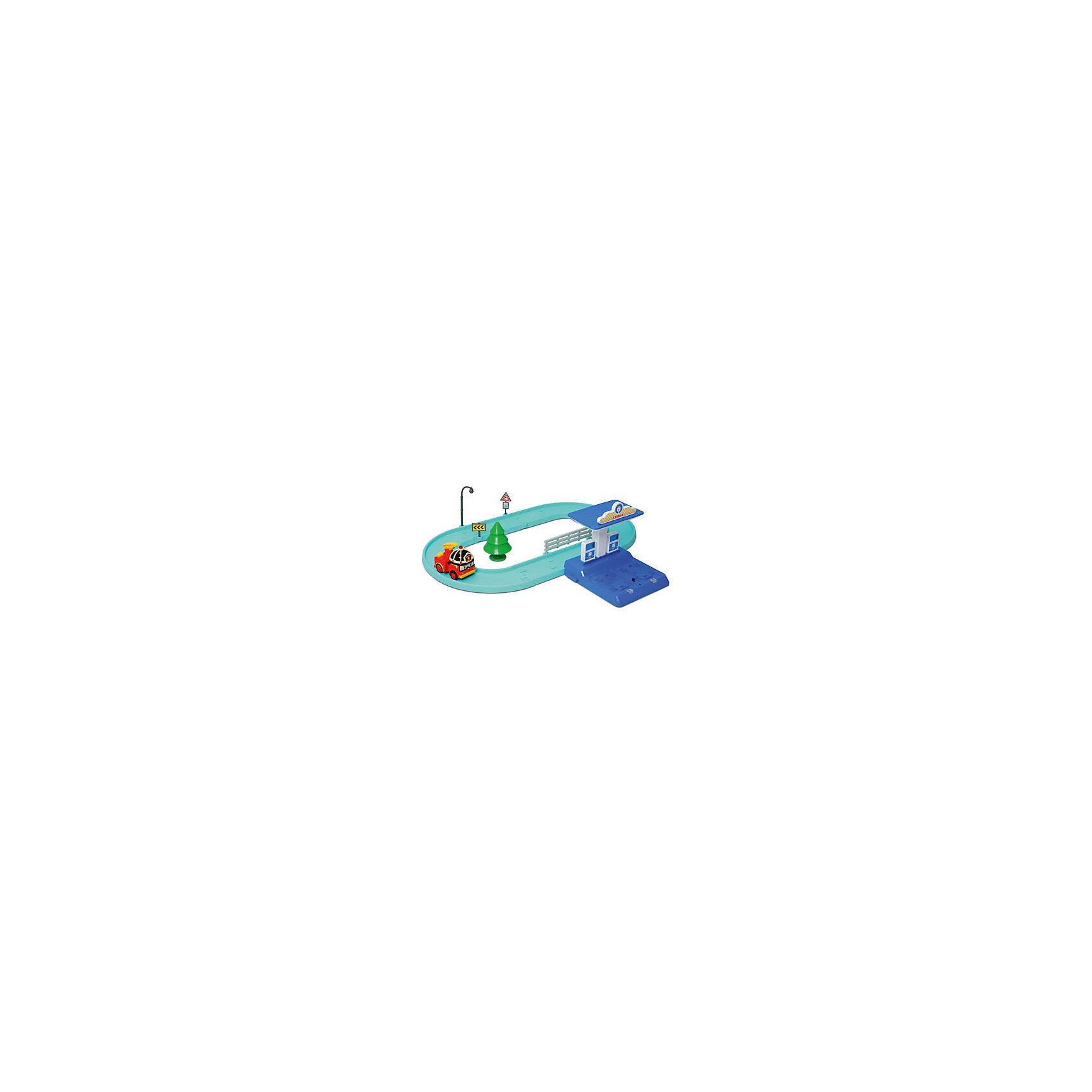 Маленький трек с Умной машинкой Рой, Робокар ПолиЭтот набор обязательно понравится всем любителям мультфильма Робокар Поли и его друзья. Набор представляет собой трек, по которому ездит умная машинка, заправку и аксессуары. Ваш ребенок будет с интересом проигрывать ситуации из мультфильма и придумывать свои. Машинка останавливается, если перед ней препятствие, станция заправки предназначена для подзарядки аккумулятора автомобиля, рассчитана на одновременную подзарядку двух машинок. Игрушка выполнена из высококачественных безопасных для детей материалов. Набор прекрасно развивает мелкую моторику и фантазию.<br><br>Дополнительная информация: <br><br>- Материал: пластик.<br>- Комплектация: машинка, детали для строительства дороги, заправка, аксессуары (дерево, фонарь, знак, указатель).<br>- Размер упаковки: 40 x 18 x 28 см.<br>- Элемент питания: для заправки - 3 батарейки АА (не входят в комплект); для машинки - Ni-MH аккумулятор 1.2В (80 мА/ч, в комплекте).<br><br>Маленький трек с Умной машинкой Рой, Робокар Поли (Robocar Poli) можно купить в нашем магазине.<br><br>Ширина мм: 380<br>Глубина мм: 150<br>Высота мм: 300<br>Вес г: 943<br>Возраст от месяцев: 36<br>Возраст до месяцев: 84<br>Пол: Унисекс<br>Возраст: Детский<br>SKU: 3929161
