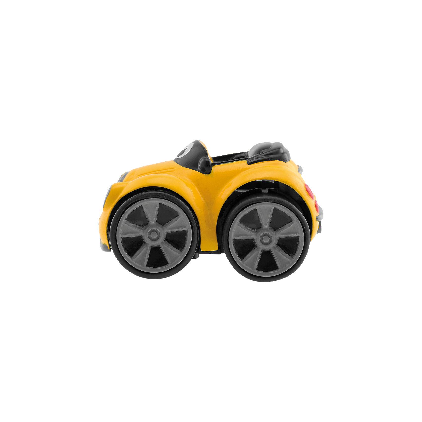 Мини-машинка Turbo Touch Henry Stunt, желтая, ChiccoМини-машинка Turbo Touch Henry Stunt, желтая, Chicco (Чикко) – это трюковая машинка с характером.<br>Мини-машинка Turbo Touch Henry Stunt от Chicco (Чикко) с забавным лицом может выполнять различные трюки. Чтобы машинка поехала, оттяните машинку назад и нажмите на нее сверху. Машинка выполняет 3 безумных трюка. Вилли - езда на задних колесах. Эффект ручного тормоза: машинка поворачивает, как будто дернули ручной тормоз. Езда на 2 колесах: машинка едет на 2 боковых колесах. Эта интересная игрушка обязательно вызовет восторг и бурю эмоций у вашего маленького гонщика. Можно играть с машинками по отдельности или собрать целую коллекцию, и устраивать шоу автогонщиков у себя дома. Играя с машинкой, малыш развивает внимание, координацию движений, воображение.<br><br>Дополнительная информация:<br><br>- Материал: высококачественный пластик<br>- Цвет: желтый<br>- Размер упаковки: 12,2 x 8,3 x 18,2 см.<br><br>Мини-машинку Turbo Touch Henry Stunt, желтую, Chicco (Чикко) можно купить в нашем интернет-магазине.<br><br>Ширина мм: 180<br>Глубина мм: 126<br>Высота мм: 83<br>Вес г: 105<br>Возраст от месяцев: 24<br>Возраст до месяцев: 60<br>Пол: Унисекс<br>Возраст: Детский<br>SKU: 3943203