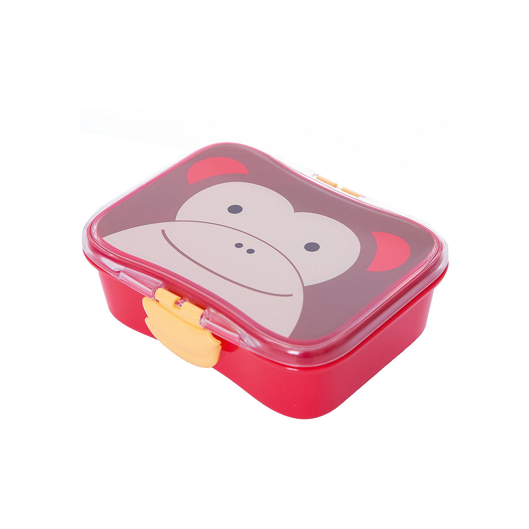Набор контейнеров для завтрака Обезьяна, Skip HopБутылки для воды и бутербродницы<br>Вкусный обед с любимой зверушкой!<br>Вашему ребенку обязательно понравится этот небольшой яркий контейнер. Его удобно брать в школу, на прогулку в парк. <br>Благодаря дополнительному маленькому контейнеру, вы можете брать с собой два разных блюда. Ваш ребенок сможет самостоятельно открывать и закрывать контейнер, удобные зажимы специально разработаны для маленьких ручек.<br>Достоинства контейнеров Skip Hop Zoo Lunch Kit <br>?Герметичная крышка<br>?В комплекте ланчбокс и маленький контейнер с крышкой<br>?Забавные зажимы<br>?Можно мыть в посудомочечной машине<br>?Прекрасно подойдет для рюкзаков Skip Hop Zoo<br>?Не содержит бисфенол (BPA), поливинилхлорид (PVC) и фталаты (Phthalate).<br>?Объем 700мл<br>с 6 месяцев<br>размер 17*14*6см<br><br>Ширина мм: 183<br>Глубина мм: 146<br>Высота мм: 63<br>Вес г: 220<br>Цвет: красный/коричневый<br>Возраст от месяцев: 1<br>Возраст до месяцев: 36<br>Пол: Унисекс<br>Возраст: Детский<br>SKU: 3971245