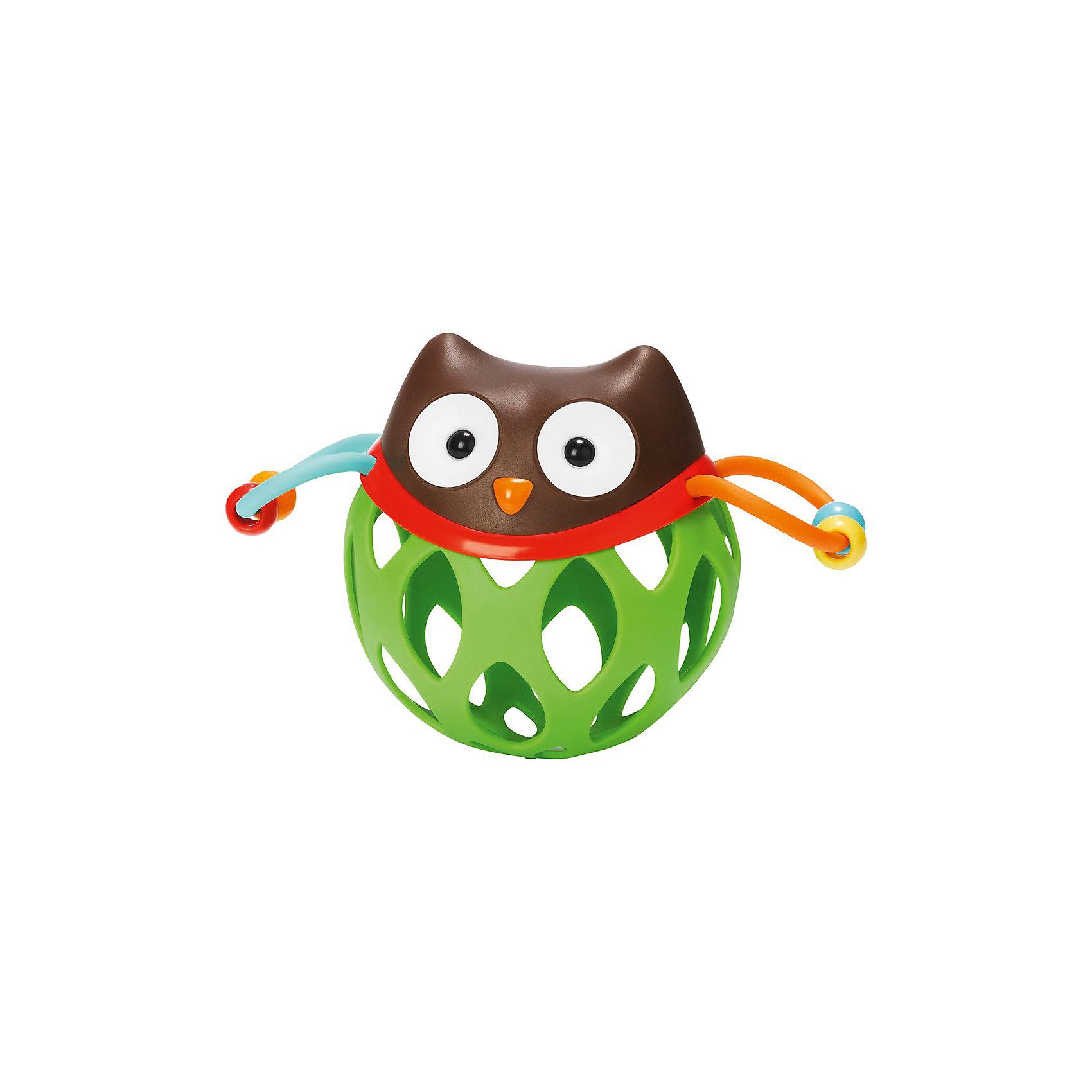 Игрушка-погремушка Шар-сова, Skip HopИгрушки для новорожденных<br>Характеристики товара:<br><br>• возраст от 3 месяцев;<br>• материал: пластик;<br>• размер игрушки 16х11х8,5 см;<br>• вес 130 гр.;<br>• страна производитель: Китай.<br><br>Игрушка-погремушка «Шар-сова» Skip Hop — развивающая игрушка для малышей от 3 месяцев, которую малыш может трясти, катать, трогать ручками. По бокам крылья совенка, сделанные из ниточки с нанизанными бусинами, которые свободно перемещаются. На корпусе имеются прорезиненные детали для прорезывания зубов. Игрушка изготовлена из качественного безвредного пластика. Игрушка способствует развитию хватательного рефлекса, мелкой моторики рук, тактильных ощущений.<br><br>Игрушку-погремушку «Шар-сова» Skip Hop можно приобрести в нашем интернет-магазине.<br><br>Ширина мм: 180<br>Глубина мм: 156<br>Высота мм: 96<br>Вес г: 116<br>Цвет: mehrfarbig<br>Возраст от месяцев: 1<br>Возраст до месяцев: 36<br>Пол: Унисекс<br>Возраст: Детский<br>SKU: 3971271