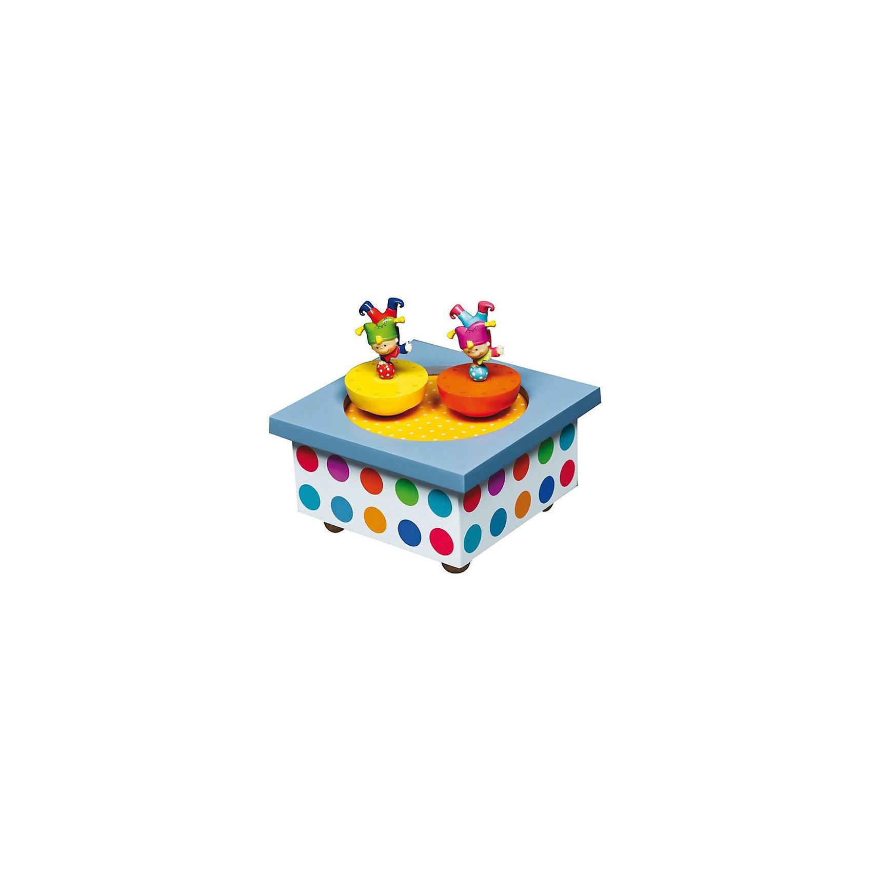 Музыкальная шкатулка Акробаты, TrousselierПредметы интерьера<br>Музыкальная шкатулка с механическим заводом кружащиеся фигурки на магнитах<br>40 лет Французский бренд Trousselier создает сказочный детский мир.<br>Как элемент декора может использоваться с рождения, как игрушка с 3-х лет<br>Музыкальная шкатулка с вращающимися на магнитах фигурками.<br>Фигурки вращаются под музыку после завода ключом, находящимся на дне шкатулки.<br>Минимальный возраст: 0 месяцев<br>Не давать ребенку в руки до 36 месяцев<br>Размер: 12 x 12 x 10 см<br>Материал: дерево, металл<br>Фигурки, крутящиеся под классическую музыку.<br>механический завод<br><br>Ширина мм: 111<br>Глубина мм: 111<br>Высота мм: 70<br>Вес г: 417<br>Возраст от месяцев: 0<br>Возраст до месяцев: 120<br>Пол: Унисекс<br>Возраст: Детский<br>SKU: 3972704