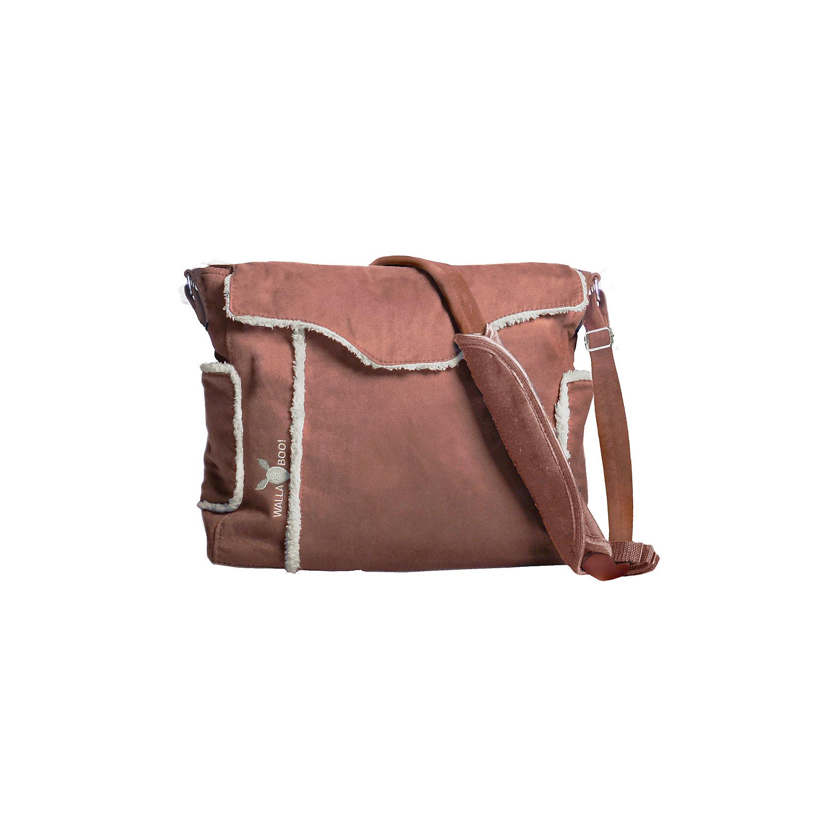 Сумка для мамы, Wallaboo, шоколадСумка для мамы, Wallaboo (Валлабу), шоколад – это не только практичный, но и модный аксессуар, дополняющий стильный женский образ.<br>Сумка для мамы, Wallaboo сделана из красивой микроволокнистой замши в сочетании с декоративной отделкой из искусственного меха под шкурку ягненка — эта сумка дополнит гардероб стильной и современной мамы. <br>Каждая вещь для ухода за Вашим малышом найдет свое место. У сумки 5 карманов с молниями и без, 2 больших внутренних отделения. Сумка отлично сочетается с другими товарами от Wallaboo для детей, составляя стильные комплекты (конверты Лепесток, слинги и рюкзаки-переноски). Можно носить сумку на плече или легко пристегнуть на ручку коляски. Вы не сможете расстаться с этой стильной и удобной сумкой, даже когда Ваш малыш подрастет. Высокое качество производства изделий Wallaboo (Валлабу) позволит пользоваться сумкой очень долго!<br><br>Дополнительная информация:<br><br>- В комплекте: термо-карман для бутылочки, мягкий матрасик для смены подгузника, отдельная сумочка на «молнии» (можно использовать для чистых подгузников)<br>- Регулируемый ремень с мягкой вставкой для плеча<br>- Непромокаемая внутренняя подкладка идеальна в уходе<br>- Размеры: 36 см х 30 см х 12 см.<br>- Размеры в упаковке: 40х32х7 см.<br>- Вес изделия с упаковкой: 0,920 кг.<br><br>Сумку для мамы, Wallaboo (Валлабу), шоколад можно купить в нашем интернет-магазине.<br><br>Ширина мм: 400<br>Глубина мм: 320<br>Высота мм: 70<br>Вес г: 850<br>Цвет: шоколадный<br>Возраст от месяцев: 0<br>Возраст до месяцев: 36<br>Пол: Унисекс<br>Возраст: Детский<br>SKU: 3973310