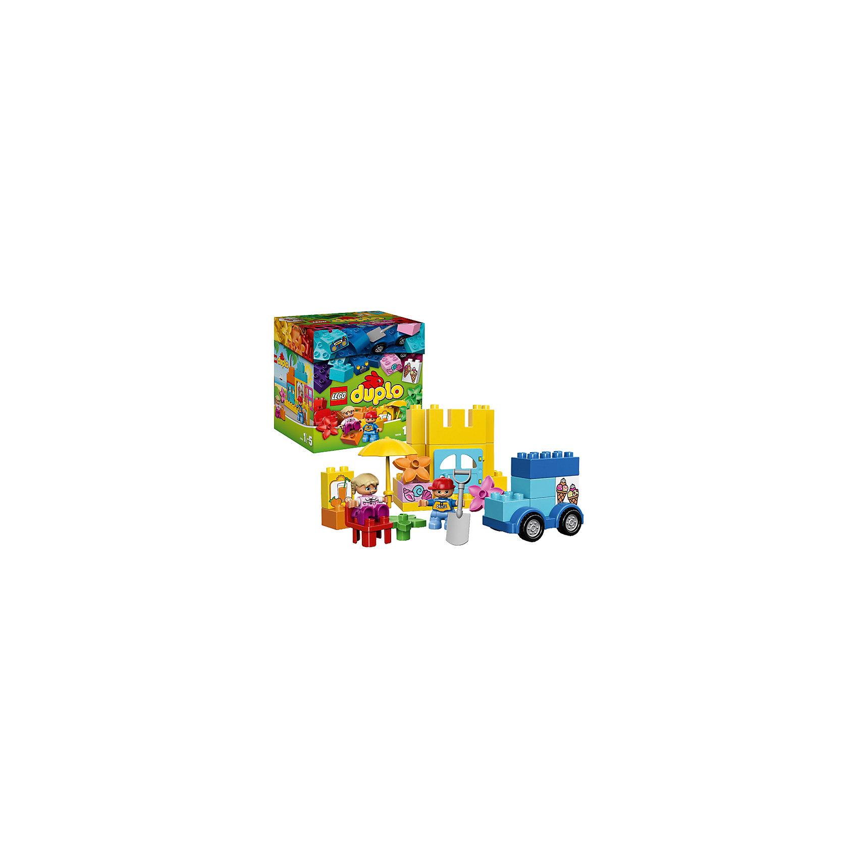 LEGO DUPLO 10618: Весёлые каникулыКреативный набор LEGO DUPLO (ЛЕГО Дупло) 10618: Весёлые каникулы поможет освоить основы конструирования и придумать много историй про отдых и путешествия двух друзей. Используйте яркие декорированные кубики и другие элементы для того, что бы построить домик, автомобиль с открытым верхом, фургон с мороженым, замок из песка. Чтобы игра стала более реалистичной и интересной можно воспользоваться деталями с изображениями мороженого, апельсинового сока, магнитофона и морских ракушек и аксессуарами (тент, чемодан, стулья и цветы, магнитофон).<br><br>Конструкторы LEGO DUPLO (ЛЕГО ДУПЛО), предназначенные для детей дошкольного возраста, сочетают игру и обучение, а также развивают мелкую моторику, пространственное мышление и творческие способности малышей и дошкольников. Кубики LEGO DUPLO (ЛЕГО ДУПЛО) в 8 раз больше, чем обычные кубики, что позволяет ребенку удобно их держать и быстро строить. Большое количество дополнительных элементов делает игровые сюжеты по-настоящему захватывающими и реалистичными. Все наборы ЛЕГО ДУПЛО соответствуют самым высоким европейским стандартам качества и абсолютно безопасны. <br><br>Дополнительная информация:<br>-Размер упаковки: 23,2x22,5x19,1 см<br>-Размеры замка из песка:  11х12х5 см<br>-Размеры машинки: 8х9х6 см<br>-Вес: 1,00 кг<br>-Деталей: 70 шт.<br>-Материал: пластик<br>-Весь набор упакован в фирменную картонную коробку ЛЕГО<br><br>LEGO DUPLO (ЛЕГО Дупло) 10618: Весёлые каникулы можно купить в нашем магазине.<br><br>Ширина мм: 230<br>Глубина мм: 195<br>Высота мм: 228<br>Вес г: 841<br>Возраст от месяцев: 18<br>Возраст до месяцев: 60<br>Пол: Унисекс<br>Возраст: Детский<br>SKU: 3974074