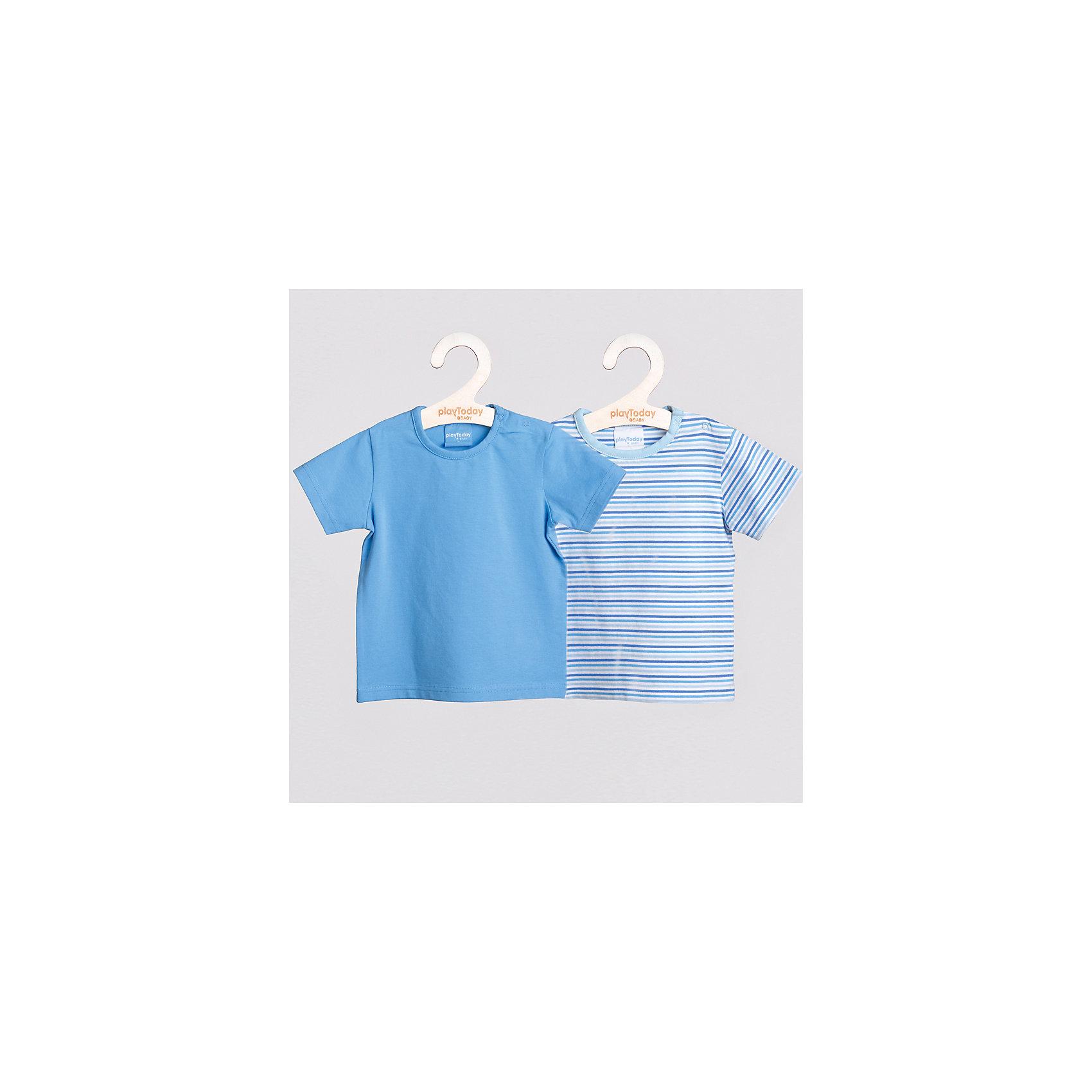 Футболка (2 шт.) для мальчика PlayTodayФутболка для мальчика (2 шт.) от известного бренда PlayToday. <br>Отличный комплект футболок с коротким рукавом для мальчика. <br>Приятные расцветки.  <br>Одно изделие однотонное, другое украшено ненавязчивым, спокойным принтом в горизонтальную полоску. <br>Обе модели легко комбинировать с другими предметами гардероба. Отличный выбор для базового летнего гардероба мальчика.   <br>* в комлекте два изделия <br>* округлый вырез горловины <br>* удобная застежка: кнопочки на плечике <br>* горловина обработана трикотажной бейкой <br>Состав: 100% хлопок<br><br>Ширина мм: 199<br>Глубина мм: 10<br>Высота мм: 161<br>Вес г: 151<br>Цвет: голубой<br>Возраст от месяцев: 12<br>Возраст до месяцев: 15<br>Пол: Мужской<br>Возраст: Детский<br>Размер: 80,86,74,92<br>SKU: 3987137