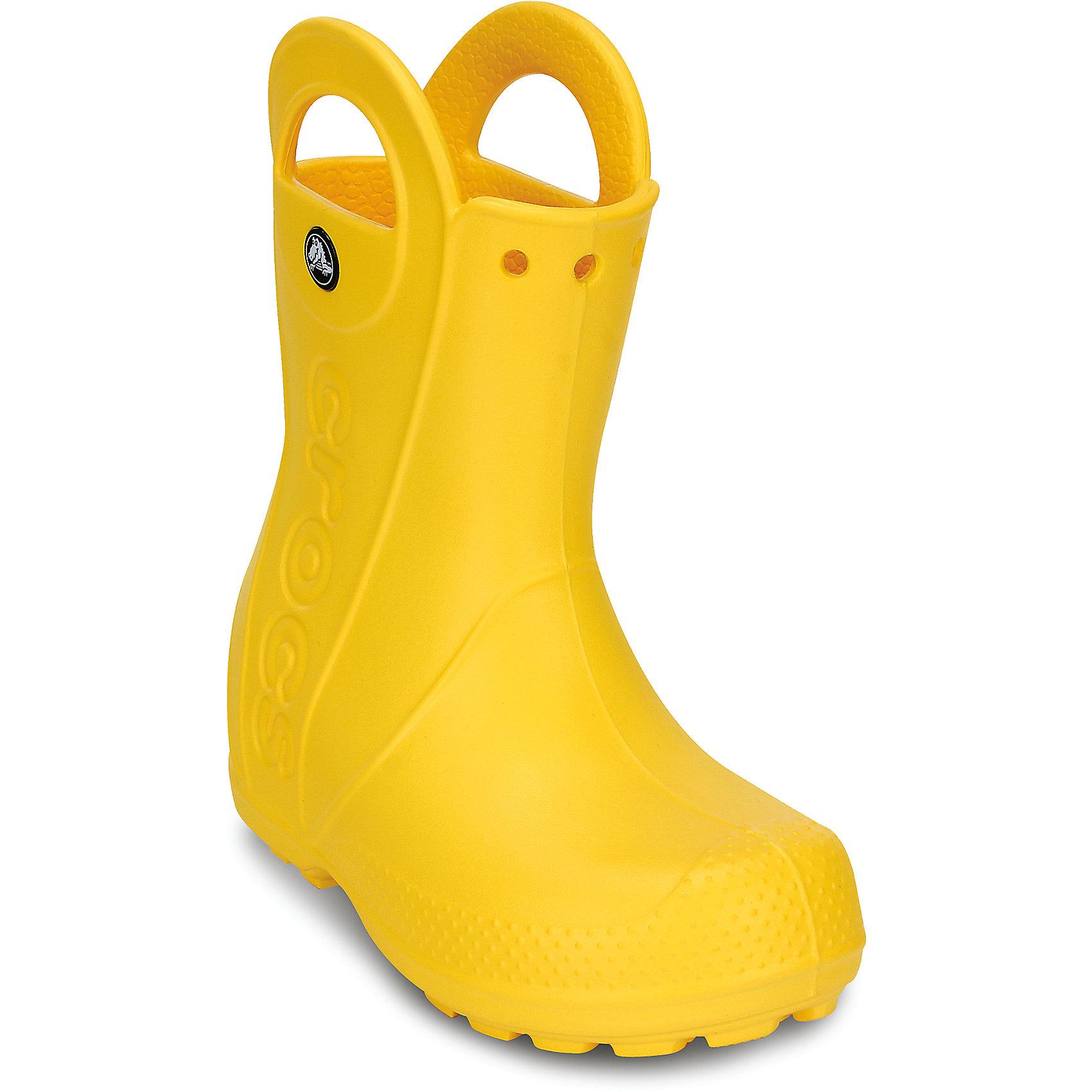 Резиновые сапоги Kids' Handle It Rain Boot CrocsХарактеристики товара:<br><br>• цвет: желтый<br>• материал: 100% полимер Croslite™<br>• непромокаемые<br>• температурный режим: от 0° до +20° С<br>• легко очищаются<br>• антискользящая подошва<br>• ручки<br>• толстая устойчивая подошва<br>• страна бренда: США<br>• страна изготовитель: Китай<br><br>Сапоги могут быть и стильными, и непромокаемыми! Для детской обуви крайне важно, чтобы она была удобной. Такие сапоги обеспечивают детям необходимый комфорт, а надежный материал не пропускает внутрь воду. Сапоги легко надеваются и снимаются, отлично сидят на ноге. Материал, из которого они сделаны, не дает размножаться бактериям, поэтому такая обувь препятствует образованию неприятного запаха и появлению болезней стоп. Данная модель особенно понравится детям - ведь в них можно бегать по лужам!<br>Обувь от американского бренда Crocs в данный момент завоевала широкую популярность во всем мире, и это не удивительно - ведь она невероятно удобна. Её носят врачи, спортсмены, звёзды шоу-бизнеса, люди, которым много времени приходится бывать на ногах - они понимают, как важна комфортная обувь. Продукция Crocs - это качественные товары, созданные с применением новейших технологий. Обувь отличается стильным дизайном и продуманной конструкцией. Изделие производится из качественных и проверенных материалов, которые безопасны для детей.<br><br>Резиновые сапоги от торговой марки Crocs можно купить в нашем интернет-магазине.<br><br>Ширина мм: 262<br>Глубина мм: 176<br>Высота мм: 97<br>Вес г: 427<br>Цвет: желтый<br>Возраст от месяцев: -2147483648<br>Возраст до месяцев: 2147483647<br>Пол: Унисекс<br>Возраст: Детский<br>Размер: 27,24,28,31,30,29,33,32,23,34,26,25<br>SKU: 3991408