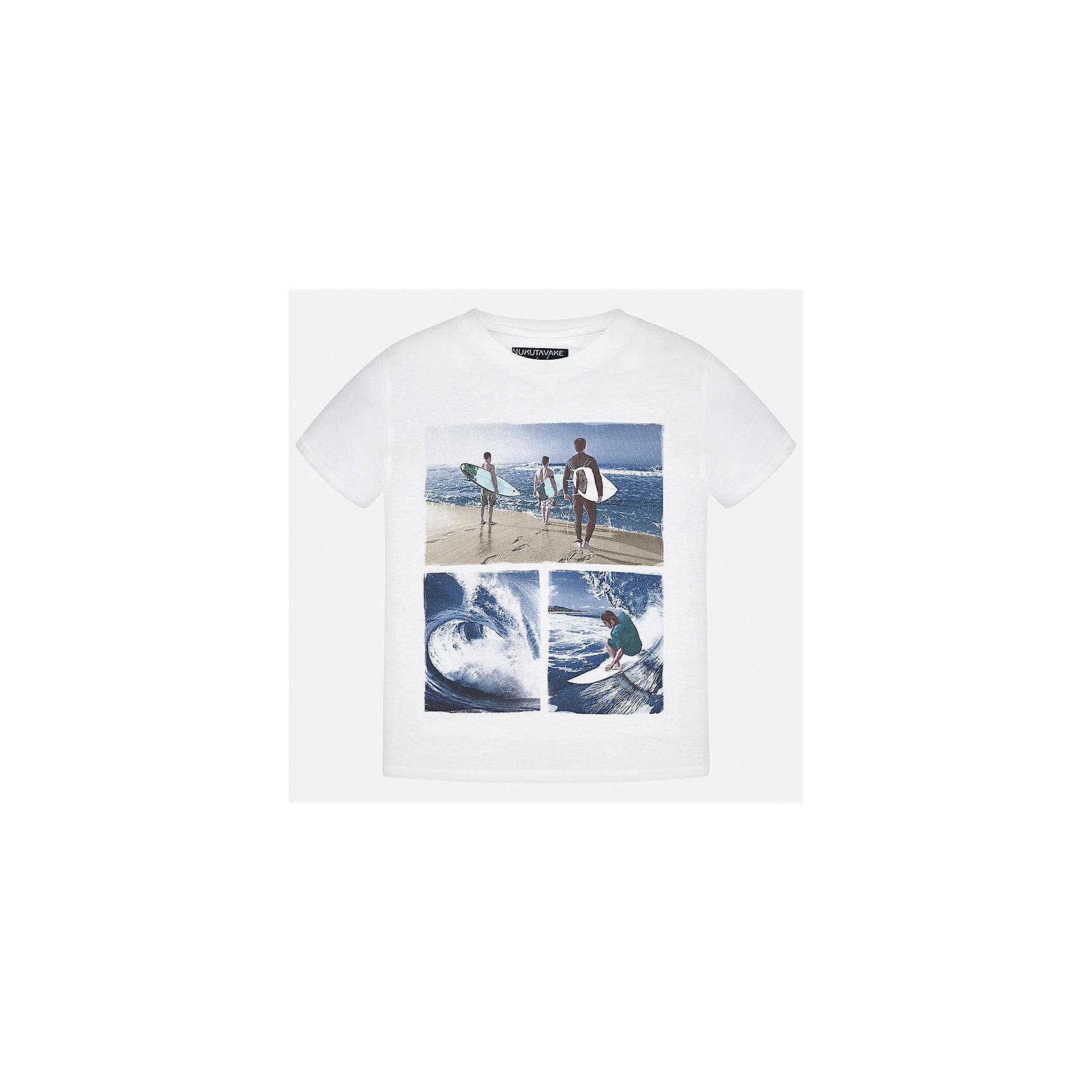Футболка для мальчика MayoralФутболки, поло и топы<br>Характеристики товара:<br><br>• цвет: белый<br>• состав: 100% хлопок<br>• круглый горловой вырез<br>• принт впереди<br>• короткие рукава<br>• отделка горловины<br>• страна бренда: Испания<br><br>Стильная футболка с принтом поможет разнообразить гардероб мальчика. Она отлично сочетается с брюками, шортами, джинсами и т.д. Универсальный крой и цвет позволяет подобрать к вещи низ разных расцветок. Практичное и стильное изделие! В составе материала - только натуральный хлопок, гипоаллергенный, приятный на ощупь, дышащий.<br><br>Одежда, обувь и аксессуары от испанского бренда Mayoral полюбились детям и взрослым по всему миру. Модели этой марки - стильные и удобные. Для их производства используются только безопасные, качественные материалы и фурнитура. Порадуйте ребенка модными и красивыми вещами от Mayoral! <br><br>Футболку-поло для мальчика от испанского бренда Mayoral (Майорал) можно купить в нашем интернет-магазине.<br><br>Ширина мм: 199<br>Глубина мм: 10<br>Высота мм: 161<br>Вес г: 151<br>Цвет: бежевый<br>Возраст от месяцев: 156<br>Возраст до месяцев: 168<br>Пол: Женский<br>Возраст: Детский<br>Размер: 164,128/134,170,128,140,158,152<br>SKU: 3993348