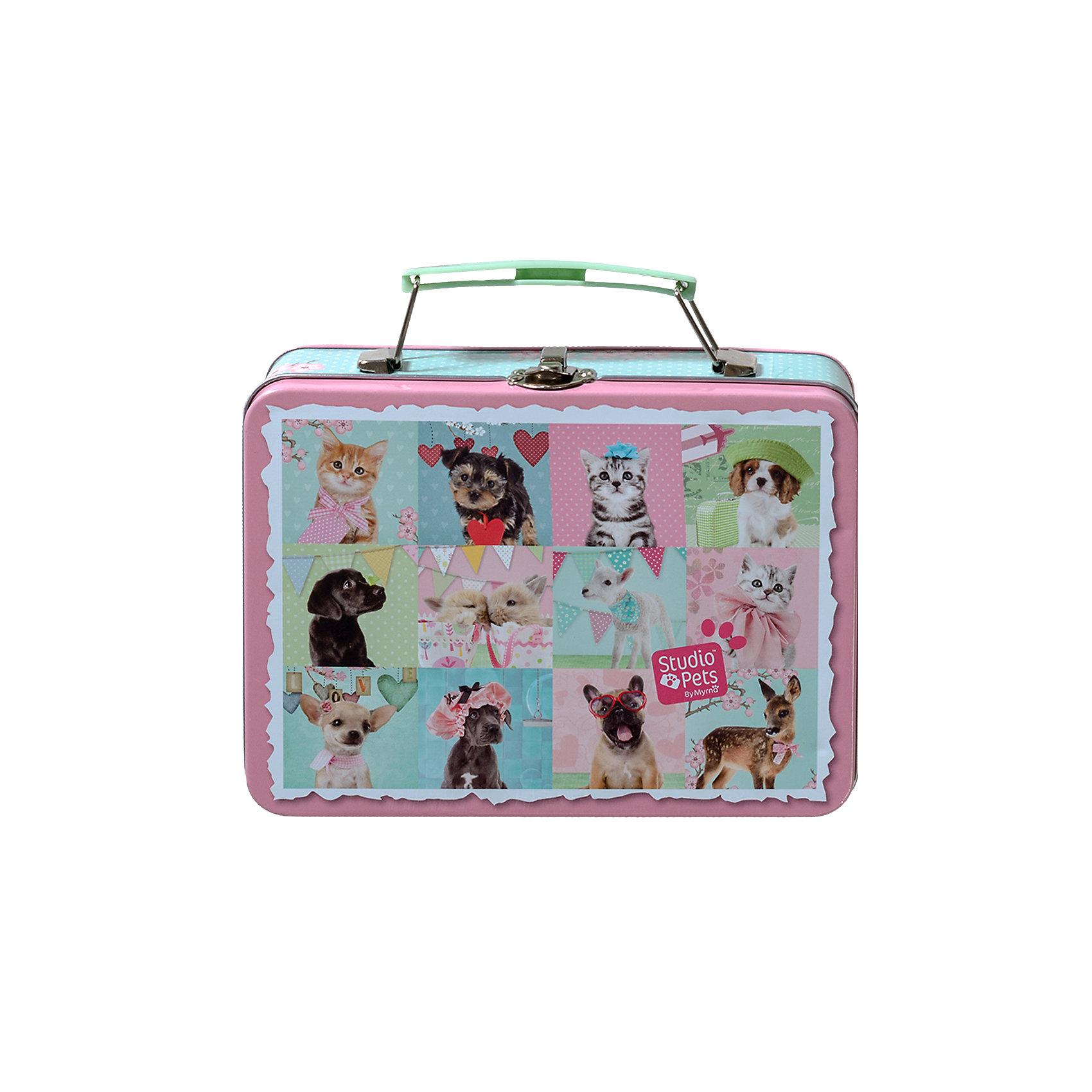 Набор для творчества Магниты со щенкамиПринадлежности для творчества<br>Набор для творчества в оловянном чемоданчике с замком, который можно использовать как коробку для завтраков станет прекрасным подарком для девочки. С этим чудесным набором малышка сможет создать красивые магниты с изображениями милых зверушек. Наборы для творчества - один из самых увлекательных способов развить мелкую моторику рук, фантазию, воображение и проявить творческие способности ребенка.<br><br>Дополнительная информация:<br><br>- Материал: пластик, текстиль, клей, фольга. <br>- Комплектация: 6 прозрачных шариков, самоклеящаяся магнитная фольга, несколько разноцветных бусинок, 6 разноцветных ленточек, клей, проволока, наклейки Домашние питомцы, инструкция.<br>- Что ты можешь сделать: 6 магнитов.<br><br>Набор для творчества Магниты можно купить в нашем магазине.<br><br>Ширина мм: 188<br>Глубина мм: 146<br>Высота мм: 61<br>Вес г: 279<br>Возраст от месяцев: 60<br>Возраст до месяцев: 120<br>Пол: Женский<br>Возраст: Детский<br>SKU: 3996509