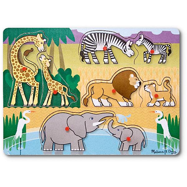 Рамка-вкладыш Сафари с кнопкой, 8 деталей, Melissa &amp; DougПазлы для малышей<br>Пазл Сафари с кнопкой, 8 деталей, Melissa &amp; Doug (Мелисса и Даг) –  это уникальный познавательный пазл для вашего малыша.<br>Деревянный пазл Сафари из восьми фигурок животных станет первым любимым пазлом вашего малыша. Ребенку будет интересно отыскать родителей для всех животных-детенышей, представленных на этом пазле. В центре каждой картинки есть удобная ручка, за которую элемент пазла удобно держать и вставлять в подходящее для него место. Собирая пазл, ребенок развивает мелкую моторику и логическое мышление.<br><br>Дополнительная информация:<br><br>- Количество элементов: 8<br>- Материал: дерево<br>- Размер: 30х22х1 см.<br><br>Пазл Сафари с кнопкой, 8 деталей, Melissa &amp; Doug (Мелисса и Даг) можно купить в нашем интернет-магазине.<br><br>Ширина мм: 100<br>Глубина мм: 300<br>Высота мм: 220<br>Вес г: 407<br>Возраст от месяцев: 24<br>Возраст до месяцев: 48<br>Пол: Унисекс<br>Возраст: Детский<br>Количество деталей: 8<br>SKU: 4005799