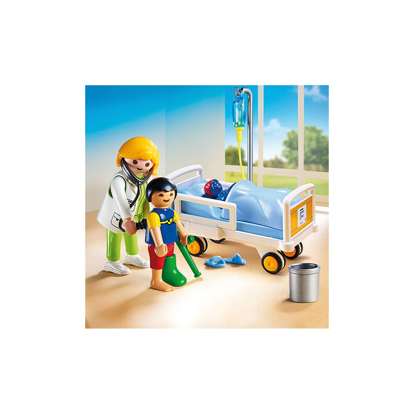 Детская клиника: Доктор с ребенком, PLAYMOBILПластмассовые конструкторы<br>Малыш сломал ногу и теперь ему приходится лежать в больнице. К счастью, заботливый и умный доктор быстро вылечит его. В палате установлена удобная кровать (предназначена исключительно для фигурок детей), боковые стенки которой можно снять. Фигурки имеют подвижные конечности, в руки можно вложить различные предметы. Все детали прекрасно проработаны и выполнены из высококачественного экологичного пластика безопасного для детей. Играть с таким набором не только приятно и интересно - подобные виды игры развивают мелкую моторику, воображение, творческое мышление.<br><br>Дополнительная информация:<br><br>- 2 фигурки.<br>- Комплектация: 2 фигурки, игрушка, гипс на ногу и на руку, повязка на голову, мусорное ведро, тапочки, капельница, кровать. <br>- Материал: пластик.<br>- Размер упаковки: 20х15х7 см.<br>- Высота фигурки: 7,5 см.<br>- Высота фигурки ребенка: 5,5 см.<br>- Голова, руки, ноги у фигурки подвижные.<br><br>Набор Детская клиника: Доктор с ребенком, PLAYMOBIL (Плеймобил), можно купить в нашем магазине.<br><br>Ширина мм: 148<br>Глубина мм: 142<br>Высота мм: 71<br>Вес г: 126<br>Возраст от месяцев: 48<br>Возраст до месяцев: 120<br>Пол: Унисекс<br>Возраст: Детский<br>SKU: 4012466