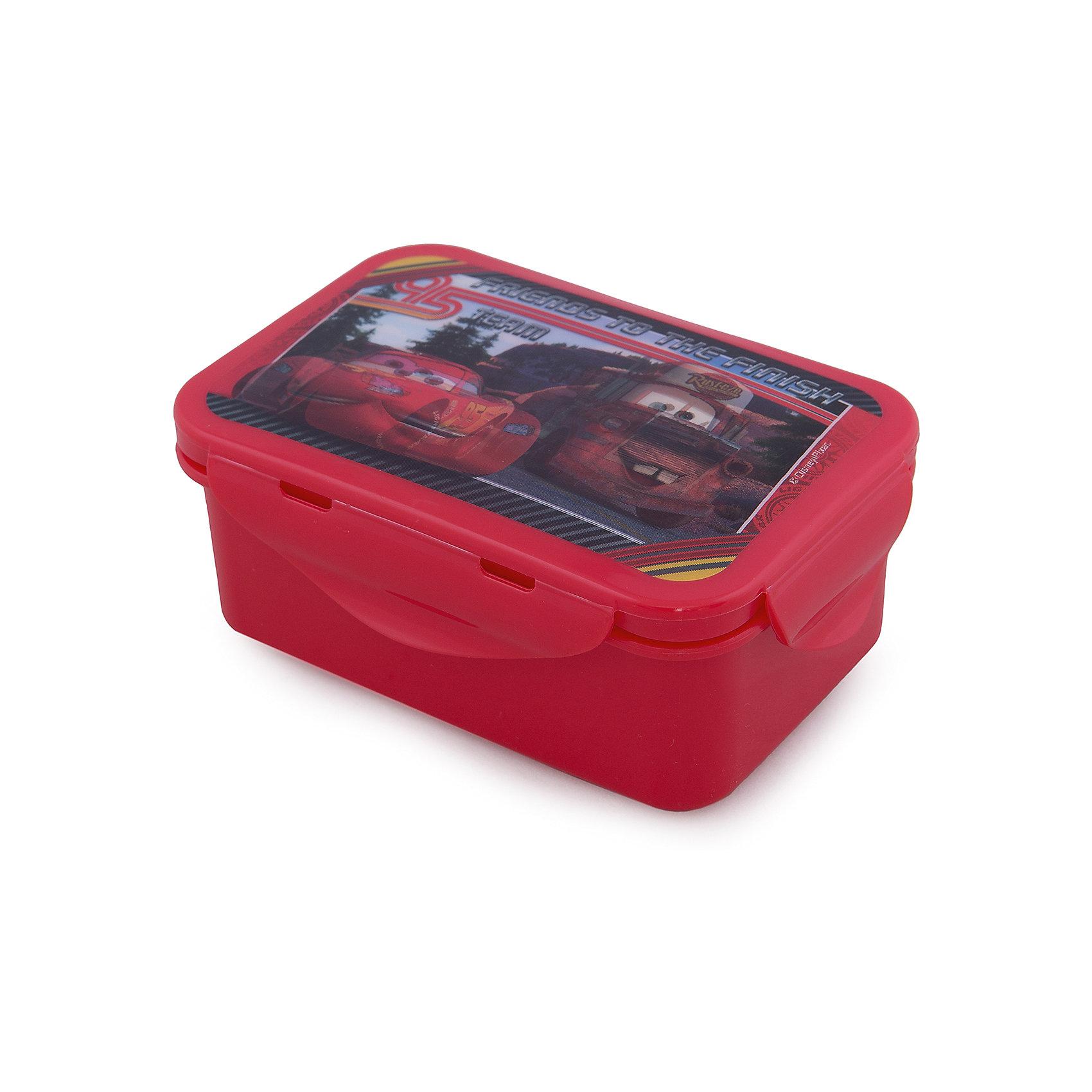 Бутербродница Тачки со съемной крышкойСимпатичная бутербродница с ярким спортивным дизайном, Тачки, замечательно подойдет для школьных завтраков, поездок и путешествий. В ней можно хранить бутерброды, салаты и закуски. Удобный контейнер прямоугольной формы изготовлен из безопасного пищевого пластика и выдерживает горячую пищу. Крышка плотно закрывается на 4 защелки, а благодаря силиконовой прослойке пища лучше сохраняется.<br><br>Бутербродница украшена объемным изображением героев мультфильма Тачки (Cars), которое меняется под разным углом зрения. Несмываемый рисунок находится под прозрачной пластиковой пленкой, поэтому посуда надолго сохранит свои яркие цвета. Бутербродница имеет компактный размер и легко помещается в любую сумку. Нельзя использовать в СВЧ и мыть в посудомоечной машине.<br><br>Дополнительная информация:<br><br>- Материал: пищевой пластик.<br>- Размер бутербродницы: 15 х 10 х 6 см.<br>- Размер упаковки: 16,5 x 11 x 7 см.<br>- Вес: 107 гр.<br><br>Бутербродницу, Тачки, можно купить в нашем интернет-магазине.<br><br>Ширина мм: 155<br>Глубина мм: 85<br>Высота мм: 60<br>Вес г: 107<br>Возраст от месяцев: 36<br>Возраст до месяцев: 120<br>Пол: Мужской<br>Возраст: Детский<br>SKU: 4018069