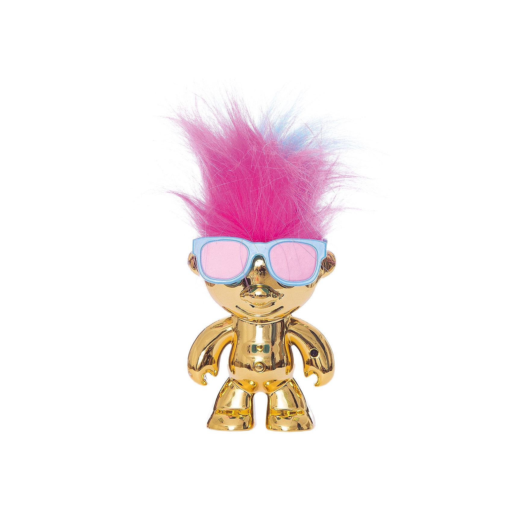 Электрокидс 1203, золотистый,  WowWeeЭта забавная игрушка понравится и взрослым, и детям! Веселый Электрокидс двигает волосами в такт музыке, которую ты слушаешь. Собери всех забавных  человечков и устрой настоящую вечеринку! Каждый Электрокидс  отличается цветом и движением волос. <br><br>Дополнительная информация:<br><br>- Материал: пластик.<br>- Размер: 8х11х23 см.<br>- Элемент питания: 4 батарейки LR-44 (в комплекте).<br>- Цвет: золотистый.  <br>- Комплектация: игрушка, батарейки, очки, скотч. <br><br>Электрокидса 1203, золотистого,  WowWee можно купить в нашем магазине.<br><br>Ширина мм: 80<br>Глубина мм: 110<br>Высота мм: 230<br>Вес г: 250<br>Возраст от месяцев: 72<br>Возраст до месяцев: 144<br>Пол: Мужской<br>Возраст: Детский<br>SKU: 4018271