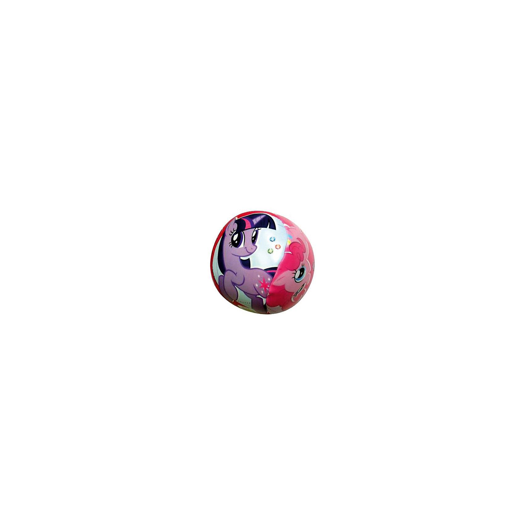 Мяч Моя маленькая пони, 100 мм, JohnМяч Моя маленькая пони, 100 мм, John (Джон).<br><br>Характеристика:<br><br>• Материал: ПВХ, пластизоль.   <br>• Размер: 10 см. <br>• Оформлен изображениями героинь My Little Pony (Май Литл Пони).<br><br>Мяч с изображением очаровательных героинь мультсериала My Little Pony (Май Литл Пони) обязательно понравится любой девочке! Мяч отлично отскакивает от любой поверхности, изготовлен из прочных экологичных материалов абсолютно безопасных для детей, подходит для игр на улице и в помещении.<br>Игры с мячом помогают развить моторику рук, координацию, внимание и, конечно, подарят детям много положительных эмоций и веселья!<br><br>Мяч Моя маленькая пони, 100 мм, John (Джон), можно купить в нашем интернет-магазине.<br><br>Ширина мм: 100<br>Глубина мм: 100<br>Высота мм: 100<br>Вес г: 83<br>Возраст от месяцев: 12<br>Возраст до месяцев: 144<br>Пол: Женский<br>Возраст: Детский<br>SKU: 4026296