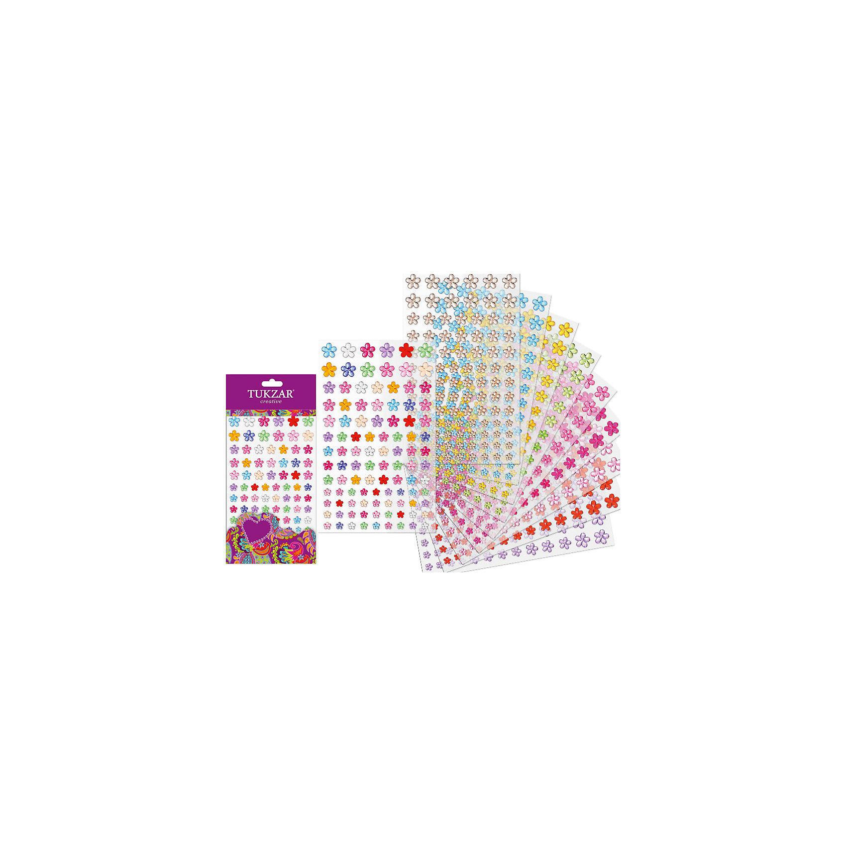 Акриловые наклейки-стразы Цветочки, 101 штТворчество для малышей<br>Объемные акриловые наклейки-стразы Цветочки, 101 шт отлично подойдут для декора Вашего интерьера. Благодаря самоклеящейся поверхности легко наклеиваются на любую ровную поверхность (стену, кафель, дверь, зеркало, окно и др.) и также просто удаляются, не оставляя следов. <br><br>Характеристики:<br>-можно нанести практически на любую поверхность<br>-легко удаляются и не оставляют пятен<br>-помогут скрыть дефект и недостатки поверхности<br>-дают возможность проявить свою фантазию и выступить в роли дизайнера<br>-станут оригинальным подарком для друзей и родных<br><br>Комплектация: 101 наклейка в форме разноцветных цветочков<br><br>Акриловые наклейки-стразы – прекрасное решение, которое позволит преобразить и оживить Ваш интерьер за минуту!<br><br>Акриловые наклейки-стразы Цветочки, 101 шт можно купить в нашем магазине.<br><br>Ширина мм: 220<br>Глубина мм: 220<br>Высота мм: 5<br>Вес г: 100<br>Возраст от месяцев: 36<br>Возраст до месяцев: 168<br>Пол: Унисекс<br>Возраст: Детский<br>SKU: 4040379