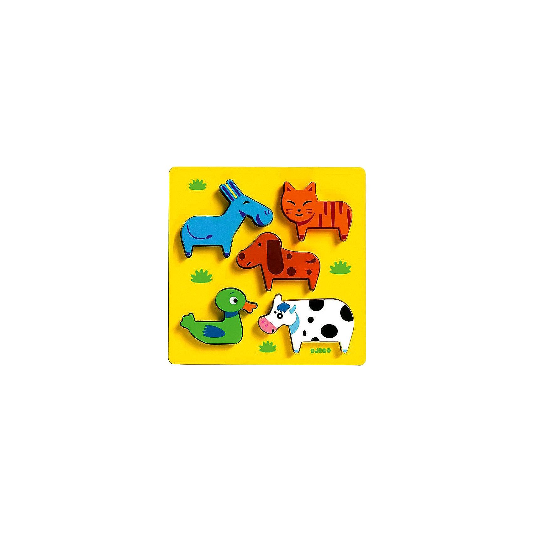 Сортировка-пазл Домашние животные, DJECOДеревянные пазлы<br>Рамка-вкладыш  «Домашние животные» - первый пазл для вашего малыша.  Яркая деревянная рамка-вкладыш обязательно привлечет внимание ребенка и поможет развить мелкую моторику, цветовосприятие и воображение.  Кроме того, яркий пазл знакомит кроху с миром животных:  малыш узнает, как выглядит утка, корова, кот, собака и осел. Привлекательные фигурки приятны на ощупь, их интересно держать в руках и размещать на дощечке. Игрушка выполнена из высококачественных материалов, не имеет острых углов и мелких деталей, безопасна даже для маленьких детей. <br><br>Дополнительная информация:<br><br>- Материал: дерево. <br>- Размер: 21х21х2,2 см.<br><br>Сортировку-пазл Домашние животные, DJECO (Джеко), можно купить в машем магазине.<br><br>Ширина мм: 210<br>Глубина мм: 210<br>Высота мм: 22<br>Вес г: 250<br>Возраст от месяцев: 12<br>Возраст до месяцев: 48<br>Пол: Унисекс<br>Возраст: Детский<br>SKU: 4051880