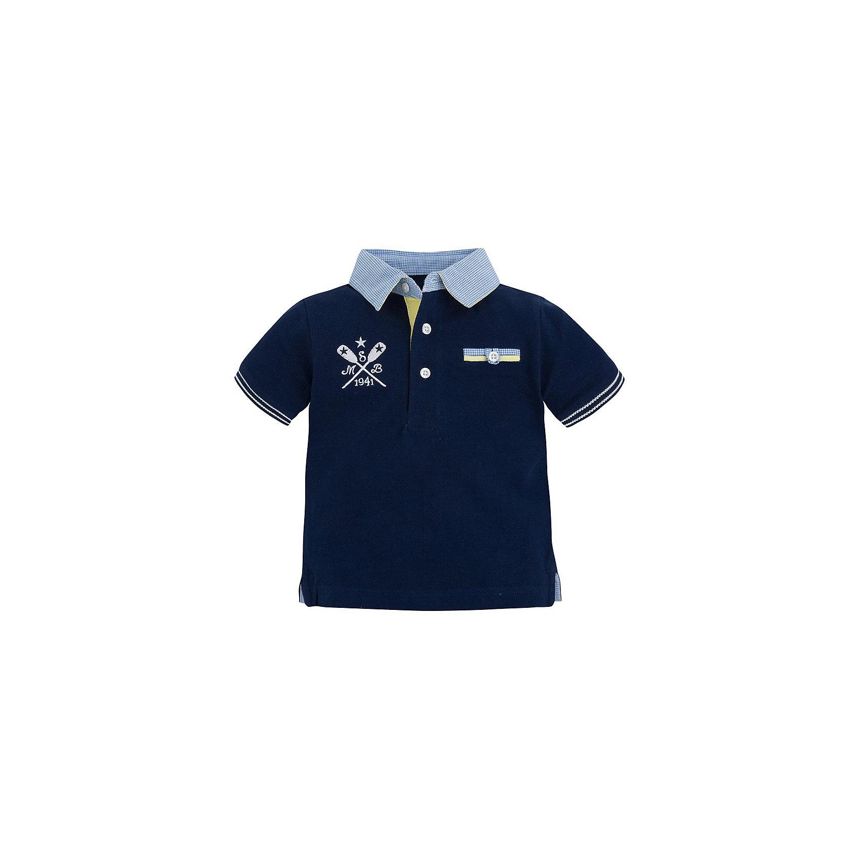 Футболка-поло для мальчика MayoralФутболка-поло для мальчика от популярной испанской марки Mayoral.<br><br>Удобная стильная футболка-поло от бренда Mayoral разработана специально для детей. Удобный крой и качественный материал обеспечит комфорт при ношении этой вещи. Натуральный хлопок в составе изделия делает его дышащим и мягким.<br>Рубашка выполнена в синем цвете, декорирована вышивкой. Отделка рукавов и ворота - голубая. На груди футболка украшена небольшим карманом.<br>Состав: 100% хлопок<br>Уход за изделием:<br>• стирка в машине при температуре до 30°С,<br>• не отбеливать,<br>• гладить на низкой температуре.<br>Габариты:<br>• длина рукава – 10 см,<br>• длина по спине – 33 см<br><br>*Числовые параметры соответствуют росту 74<br>Футболку-поло для мальчика Mayoral (Майорал) можно купить в нашем магазине.<br><br>Ширина мм: 199<br>Глубина мм: 10<br>Высота мм: 161<br>Вес г: 151<br>Цвет: синий<br>Возраст от месяцев: 12<br>Возраст до месяцев: 12<br>Пол: Мужской<br>Возраст: Детский<br>Размер: 80,74,92,86<br>SKU: 4069591