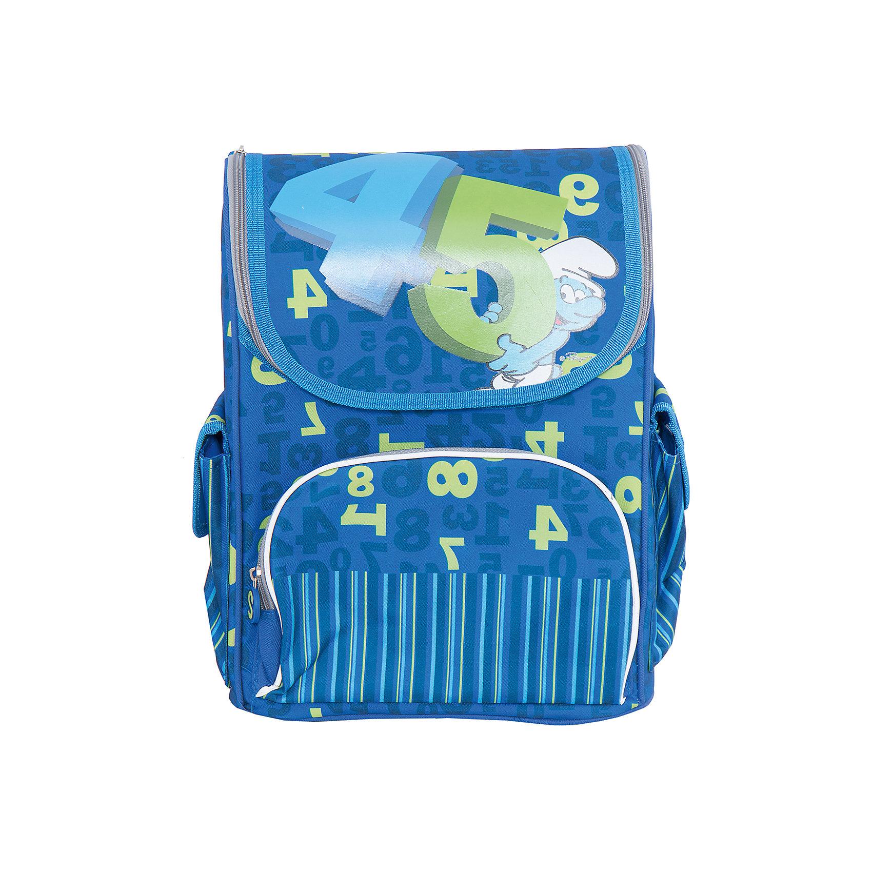 Ортопедический рюкзак Учись на пять!, СмурфикиОртопедический рюкзак Учись на пять! – это выбор любящих родителей, заботящихся о здоровье и комфорте ребенка. В основное отделение на молнии поместятся все необходимые в школе вещи, включая предметы форматом А4. Внутри есть два кармана для тетрадей и прозрачный кармашек для личной карточки. Специальное приспособление для ключей предотвратит их потерю. Снаружи 3 кармана: лицевой – на молнии, подходящий для пенала; два боковых – на липучках, для небольших предметов. Конструкция ортопедической спинки разработана по специальной технологии, уменьшающей нагрузку на позвоночник. Широкие регулируемые ремни с мягкой прокладкой равномерно распределяют вес рюкзака на плечевой пояс. Резиновая ручка удобна для ношения рюкзака в руке. Пластиковые ножки защищают дно рюкзака от загрязнения. Светоотражающие элементы повышают безопасность ребенка на дороге в темное время суток. Рюкзак изготовлен из износостойкой ткани, декорирован ярким принтом и стильными подвесками на застежках.<br><br>Дополнительная информация:<br><br>- Материал: текстиль, пластик<br>- Размер: 28х18х38 см.<br>- Цвет: синий, зеленый.<br>- Количество отделений: 1<br>- Количество карманов: 3<br>- Тип застежки: молния.<br>- Ортопедическая спинка.<br>- Регулируемые по длине лямки с мягкой прокладкой.<br>- Дно с пластиковыми ножками.<br>- Светоотражающие элементы. <br>Ортопедический рюкзак Учись на пять!, Смурфики, можно купить в нашем магазине.<br><br>Ширина мм: 380<br>Глубина мм: 280<br>Высота мм: 180<br>Вес г: 1243<br>Возраст от месяцев: 84<br>Возраст до месяцев: 120<br>Пол: Мужской<br>Возраст: Детский<br>SKU: 4074015