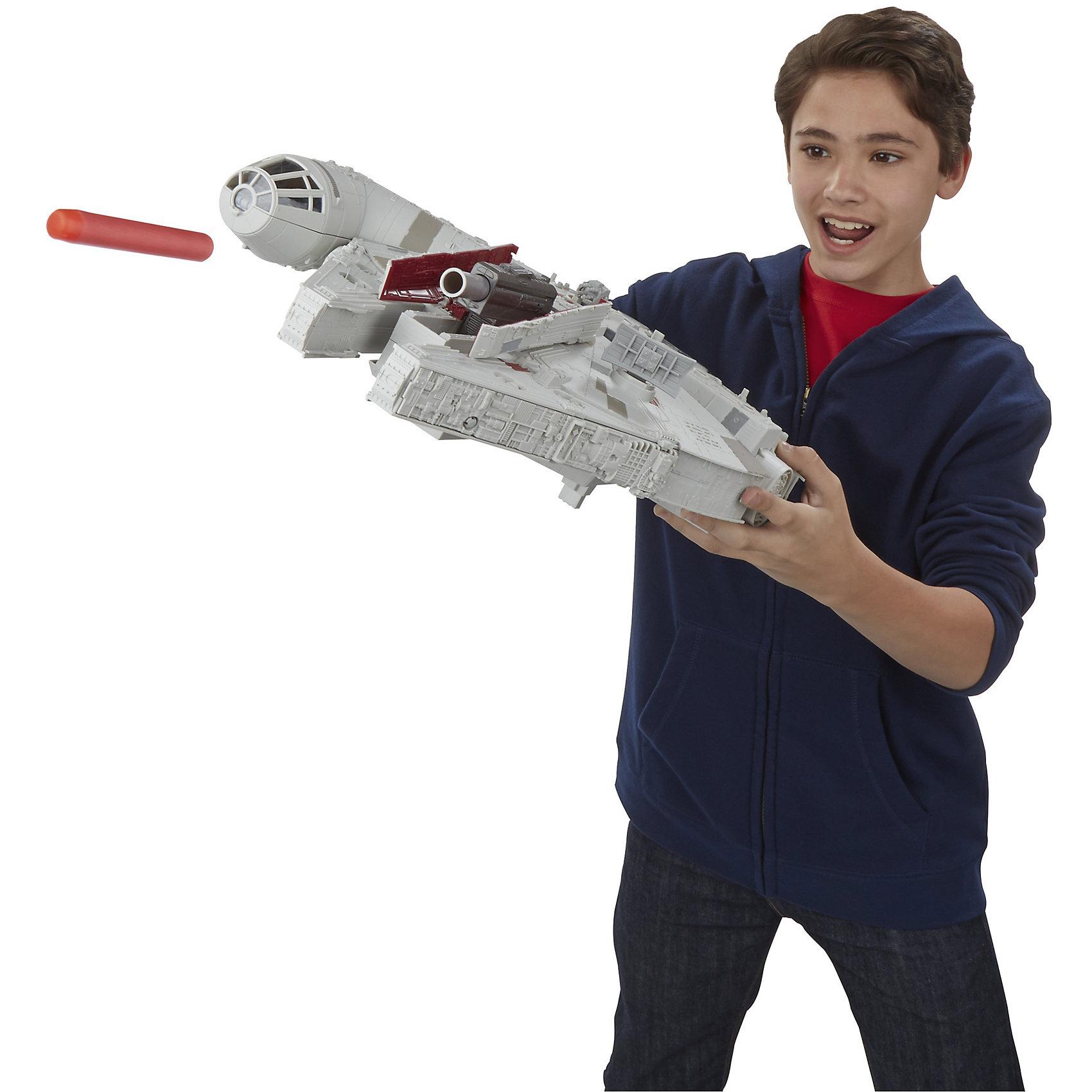 Флагманский космический корабль,  9,5 см, Звездные войныКоллекционные и игровые фигурки<br>Флагманский космический корабль,  9,5 см, Звездные войны – это интересная и функциональная игрушка из серии Звездные Войны от бренда Hasbro.<br>Флагманский космический корабль, легендарный «Тысячелетний сокол» – это потрясающая игрушка от Хасбро. Он в точности повторяет внешний вид корабля в той модификации, в которой мы увидим его в новом эпизоде «Звёздных войн». Межгалактический грузовик имеет специальные места, где можно поместить фигурки героев, а также несколько открывающихся отсеков, внутри которых находятся детально проработанные внутренние помещения корабля. Он оборудован пусковой установкой, стреляет стандартными стрелами NERF, имеет световые и звуковые эффекты. Кроме того, в набор входит три замечательные фигурки героев седьмого эпизода «Пробуждение силы» - Финна, вуки Чубакки и маленького сферического дроида ВВ-8. Фигурки и корабль имеют высочайший уровень детализации. С этим набором ваш ребенок воссоздаст эпические битвы из фильма «Звездные Войны: Пробуждение силы».<br><br>Дополнительная информация:<br><br>- В комплекте: корабль, 3 фигурки героев Звездных войн, 3 аксессуара, 2 стрелы Nerf<br>- Размер фигурок: 9,5 см.<br>- Батарейки: 2 типа АА (в комплект не входят)<br>- Материал: пластмасса<br>- Размер упаковки: 13,3 x 55,9 x 42,2 см.<br>- Вес: 1,95 кг.<br><br>Флагманский космический корабль,  9,5 см, Звездные войны (Star Wars) можно купить в нашем интернет-магазине.<br><br>Ширина мм: 565<br>Глубина мм: 426<br>Высота мм: 143<br>Вес г: 2508<br>Возраст от месяцев: 48<br>Возраст до месяцев: 120<br>Пол: Мужской<br>Возраст: Детский<br>SKU: 4079556
