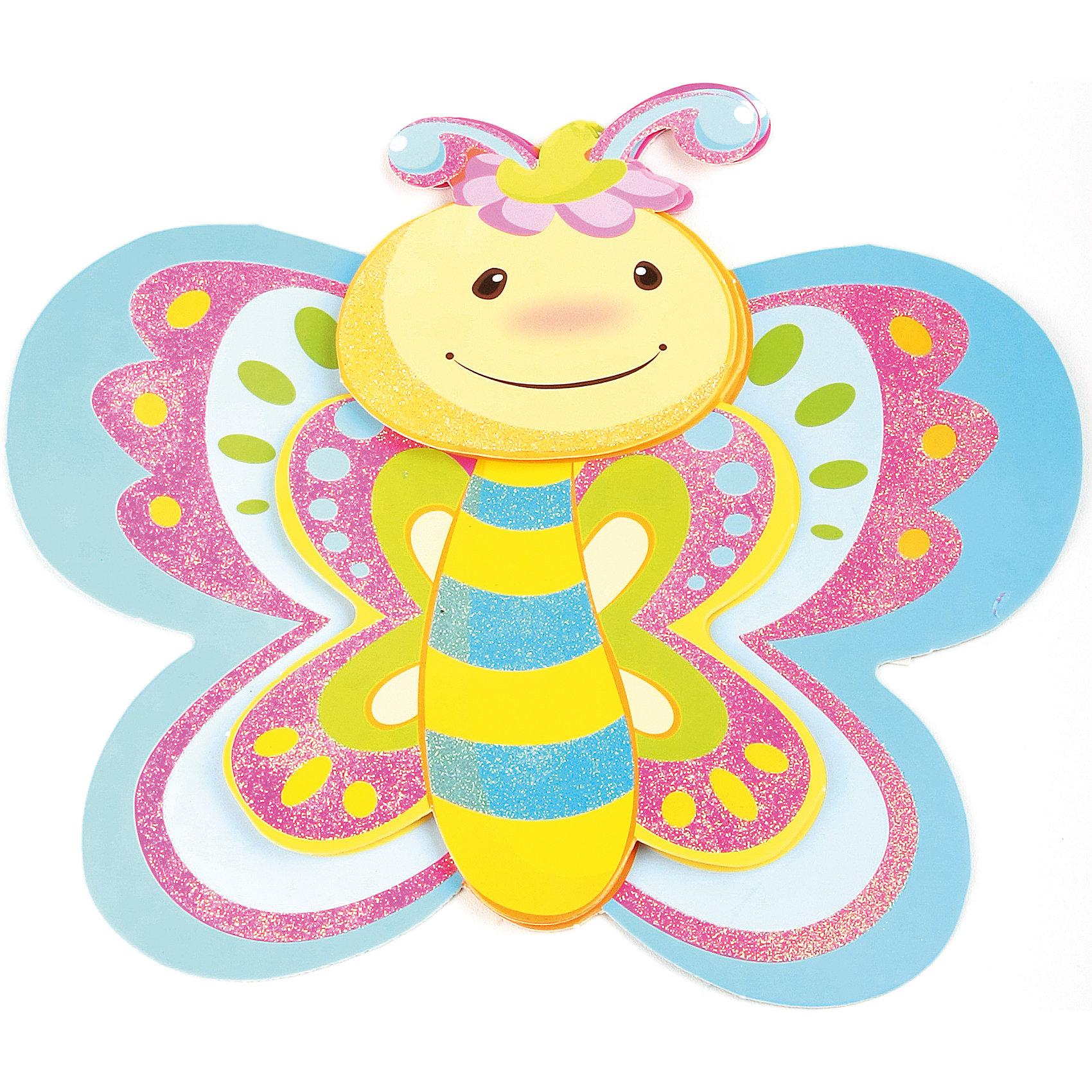 Декоративная наклейка Веселая бабочка 35,5*25 смДекоративная наклейка Веселая бабочка выполненная из бумаги, на клеевой основе, станет прекрасным украшением любого помещения, оживит и дополнит интерьер комнаты.  Легко наклеивается и снимается, не оставляет следов на обоях и других поверхностях. <br><br>Дополнительная информация:<br><br>- Материал: бумага, клей. <br>- Размер: 35,5х25 см.<br><br>Декоративную наклейку Веселая бабочка можно купить в нашем магазине.<br><br>Ширина мм: 350<br>Глубина мм: 250<br>Высота мм: 10<br>Вес г: 39<br>Возраст от месяцев: 36<br>Возраст до месяцев: 2147483647<br>Пол: Женский<br>Возраст: Детский<br>SKU: 4087302