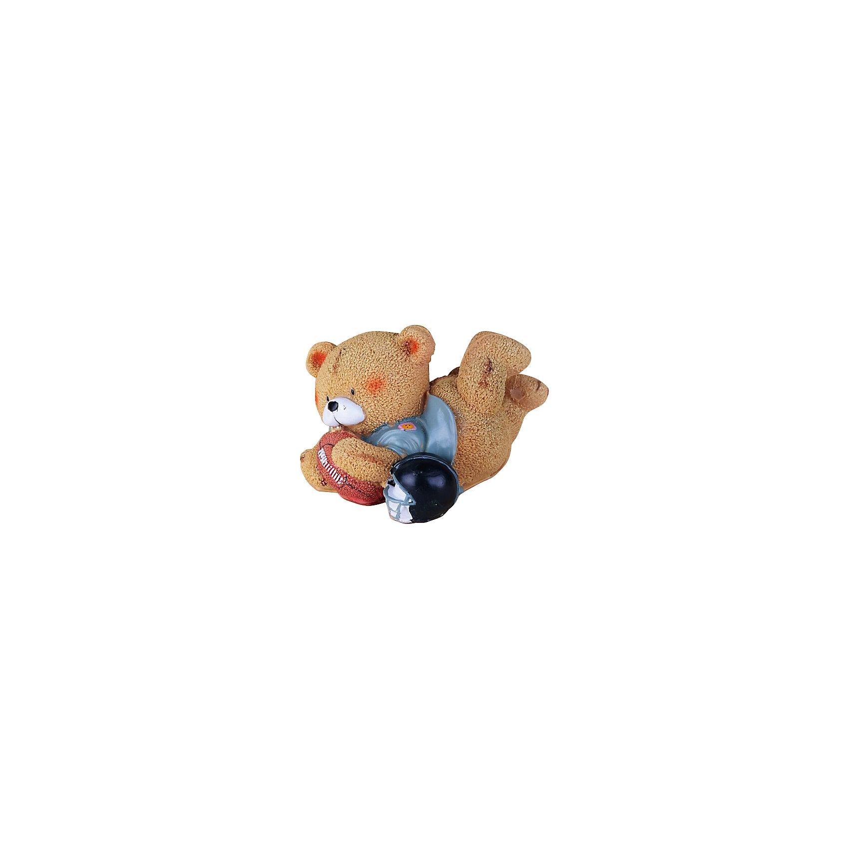 Декоративная фигурка Мишка-регбистДетские предметы интерьера<br>Милая декоративная фигурка Мишка-регбист станет прекрасным подарком или памятным сувениром на любой праздник. <br><br>Дополнительная информация:<br><br>- Материал: полирезина.<br>- Размер: 11х9,5х14 см.<br><br>Декоративную фигурку Мишка-регбист можно купить в нашем магазине.<br><br>Ширина мм: 140<br>Глубина мм: 120<br>Высота мм: 110<br>Вес г: 244<br>Возраст от месяцев: 36<br>Возраст до месяцев: 2147483647<br>Пол: Мужской<br>Возраст: Детский<br>SKU: 4087371