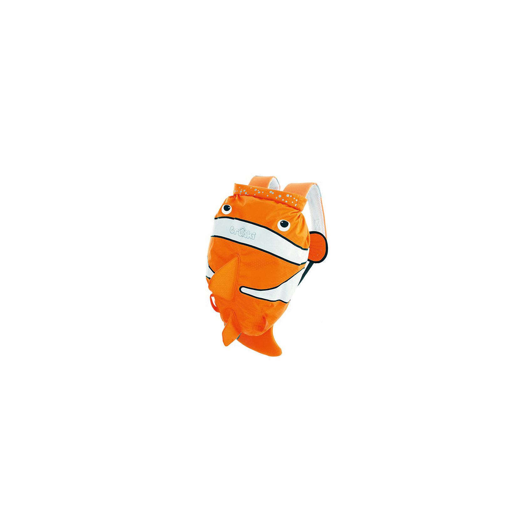 Рюкзак для бассейна и пляжа Рыба-КлоунКупальники и плавки<br>Водоотталкивающий рюкзак Trunki Транки в виде ярко-оранжевой рыбки-клоуна для маленьких исследователей. Рюкзак сделан из легкого и прочного материала, он прекрасно защищен от влаги и грязи. <br><br>Рюкзак для бассейна и пляжа оснащен специальным креплением Trunki, с помощью него можно крепить к сумке солнцезащитные очки. Рюкзак имеет светоотражающую отделку, а также карман в виде плавника, куда можно положить различные мелочи.  <br>  <br>Рюкзак Trunki – незаменимый аксессуар для мальчиков и девочек для походов в бассейн или на пляж. <br><br>Дополнительная информация:<br><br>Размер рюкзака: 49,5 х 41 см<br><br>Рюкзак для бассейна и пляжа Рыба-Клоун можно купить в нашем магазине.<br><br>Ширина мм: 490<br>Глубина мм: 410<br>Высота мм: 200<br>Вес г: 250<br>Возраст от месяцев: 36<br>Возраст до месяцев: 84<br>Пол: Унисекс<br>Возраст: Детский<br>SKU: 4090982