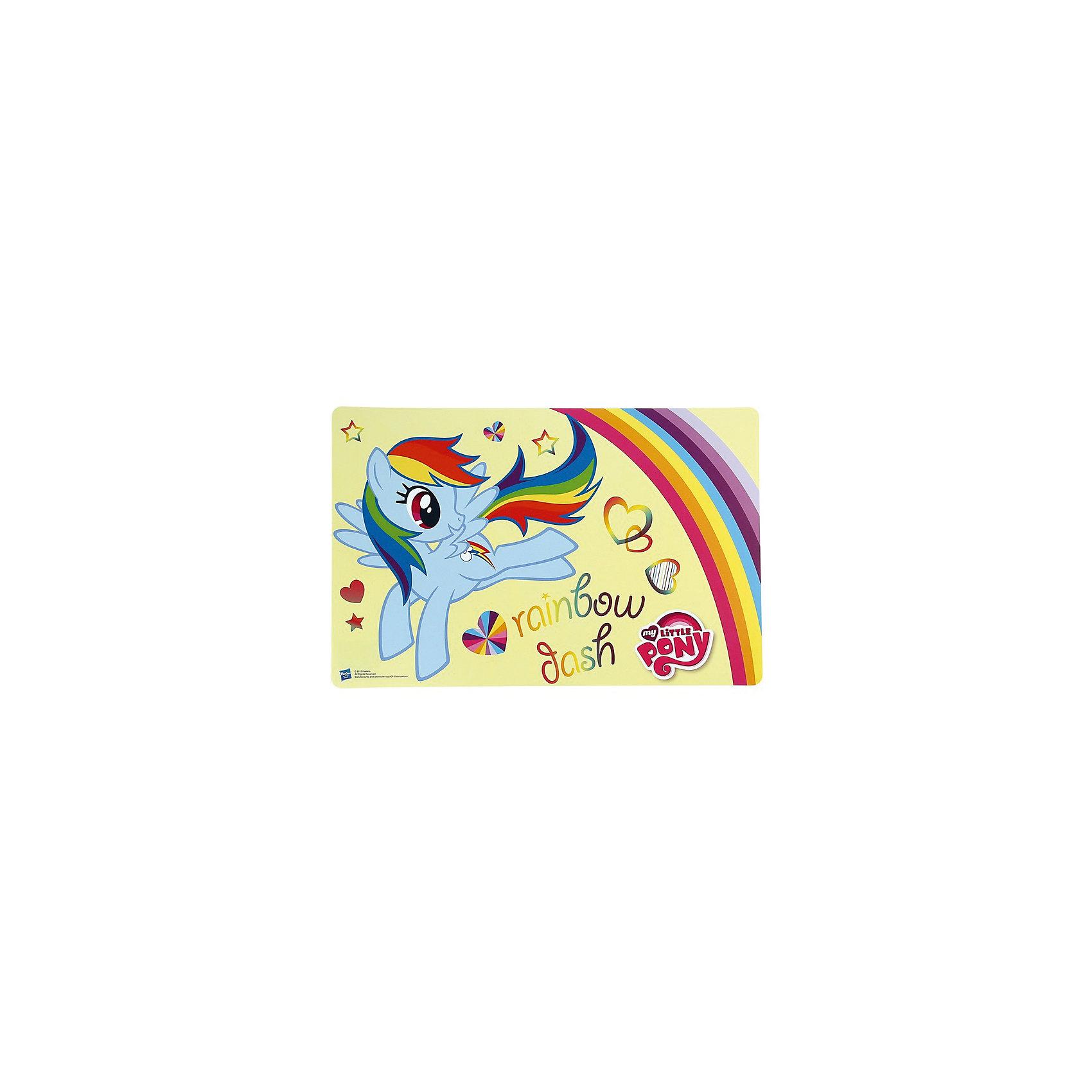 Желтая подставка для посуды, My little PonyЖелтая подставка для посуды, My little Pony (Май литл Пони), защитит стол от загрязнений и повреждений, а для малыша станет забавным ярким аксессуаром. Красочная подставка выполнена в стиле популярного мультсериала Моя маленькая пони и украшена изображением одной из героинь - очаровательной пони Радуги Дэш (Rainbow Dash). Материал представляет собой качественный пищевой пластик, не вызывающий аллергии и безопасный для детского здоровья.<br><br>Дополнительная информация:<br><br>- Материал: пищевой пластик.<br>- Размер: 43 х 28 х 0,1 см.<br>- Вес: 50 гр.<br><br>Желтую подставку для посуды, My little Pony (Май литл Пони), можно купить в нашем интернет-магазине.<br><br>Ширина мм: 430<br>Глубина мм: 280<br>Высота мм: 1<br>Вес г: 50<br>Возраст от месяцев: 36<br>Возраст до месяцев: 168<br>Пол: Женский<br>Возраст: Детский<br>SKU: 4093861