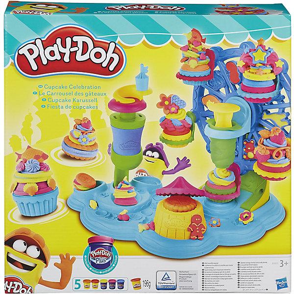 Набор Карусель сладостей, Play-DohИдеи подарков<br>С помощью пластилина и аксессуаров ребенок сможет создать красивые и удивительные сладости (пирожные, печенье, мороженое и конфеты). <br>В набор входят две банки обычного пластилина Плэй-До, аксессуары, а также 3 банки пластилина Плэй-До Плюс, который намного мягче обычного пластилина, поэтому его удобно использовать для создания мелких деталей. <br><br>Характеристики:<br>-Пластилин создан из пищевых компонентов <br>-Пластилин не липнет к рукам, не оставляет следов на одежде, имеет приятный запах<br><br>Комплектация: карусель, экструдер, формы для кексов, инструмент для посыпки, ложка, вилка, ковшик, ролик, 5 баночек разноцветного пластилина<br><br>Дополнительная информация:<br>-Материалы: пластилин, пластмасса<br>-Общий вес пластилина: 196 г<br><br>Игровой набор Карнавал сладостей, Play-Doh (Плэй-До) можно купить в нашем магазине.<br>Ширина мм: 333; Глубина мм: 332; Высота мм: 86; Вес г: 994; Возраст от месяцев: 36; Возраст до месяцев: 72; Пол: Унисекс; Возраст: Детский; SKU: 4108139;