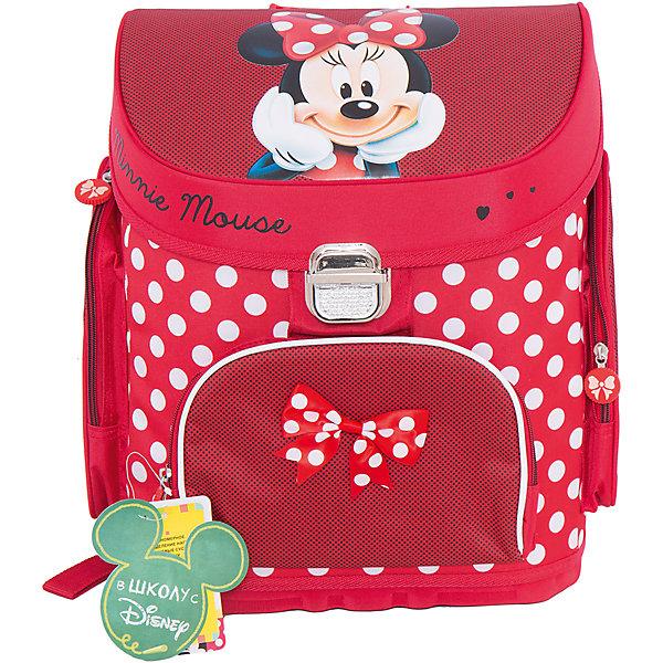 Школьный ранец Минни МаусMinnie Mouse Товары для фанатов<br>Удобный и очень красивый ранец Минни Маус (Minnie Mouse) просто создан, чтобы раскрасить школьные будни Вашей принцессы. Компактный и вместительный, он украшен ярким горошком и изображением любимой мышки Минни! Каркасный ранец Минни Маус (Minnie Mouse) очень удобен для школьников: в основное отделение помещаются листы формата А4. Тетради и учебники никогда не помнутся в таком рюкзаке. Ребенку всегда легко будет найти в нем нужные вещи: спереди есть карман для пенала на молнии, внутри - место для ключей и личной карточки. В ранце Минни Маус (Minnie Mouse) все продумано для того, чтобы осанка ребенка не страдала при ежедневной носке портфеля: плотная спинка создана из дышащего материала, а плотные вставки из поролона помогают правильно распределять нагрузку на плечевой пояс. В темное время суток ребенка с ранцем легко заметить благодаря наличию светоотражающих элементов. Носить ранец легко и на плечах и в руке. Уплотненное дно из ЕVA материала защитит содержимое ранца от намокания. А обладательницу рюкзака особенно порадует бантик на кармашке и замечательные подвески на молнии.<br>  <br>Дополнительная информация: <br><br>- Ортопедическая спинка;<br>- Два удобных внутренних отделения;<br>- Ручка для переноски;<br>- Наружные карманы на молнии;<br>- Рюкзак сделан из износостойкого водонепроницаемого материала;<br>- Понравится поклонникам мультфильма Минни Маус (Minnie Mouse);<br>- Высота боковых карманов: 23 см;<br>- Размер: 31 х 23 х 39 см;<br>- Вес: 1,3 кг<br><br>Ранец Минни Маус (Minnie Mouse) можно купить в нашем интернет-магазине.<br>Ширина мм: 310; Глубина мм: 230; Высота мм: 390; Вес г: 1300; Возраст от месяцев: 72; Возраст до месяцев: 108; Пол: Женский; Возраст: Детский; SKU: 4121034;