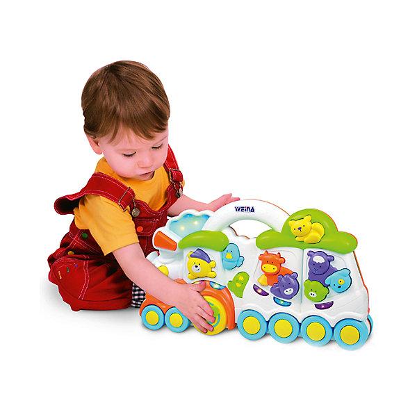 Паровозик Медвежонок и его друзья, WeinaДругие музыкальные инструменты<br>Паровозик  Медвежонок и его друзья подарит малышам множество улыбок и хорошее настроение. Скорее садись в поезд с мишкой и его друзьями и отправляйся  в веселое музыкальное путешествие. Нажимай на животных и кнопки, чтобы услышать забавные звуки и мелодии! <br><br>Дополнительная информация:<br><br>- Материал: пластик.<br>- Размер: 50х45х33 см.<br>- Звуки: колокол, труба, поезд, животные, мелодии.<br>- Ручка для толкания.<br>- Элемент питания: 2 батарейки  AA1,5 В (в комплекте).<br><br>Паровозик Медвежонок и его друзья, Weina можно купить в нашем магазине.<br>Ширина мм: 610; Глубина мм: 450; Высота мм: 330; Вес г: 2900; Возраст от месяцев: 12; Возраст до месяцев: 36; Пол: Мужской; Возраст: Детский; SKU: 4125052;