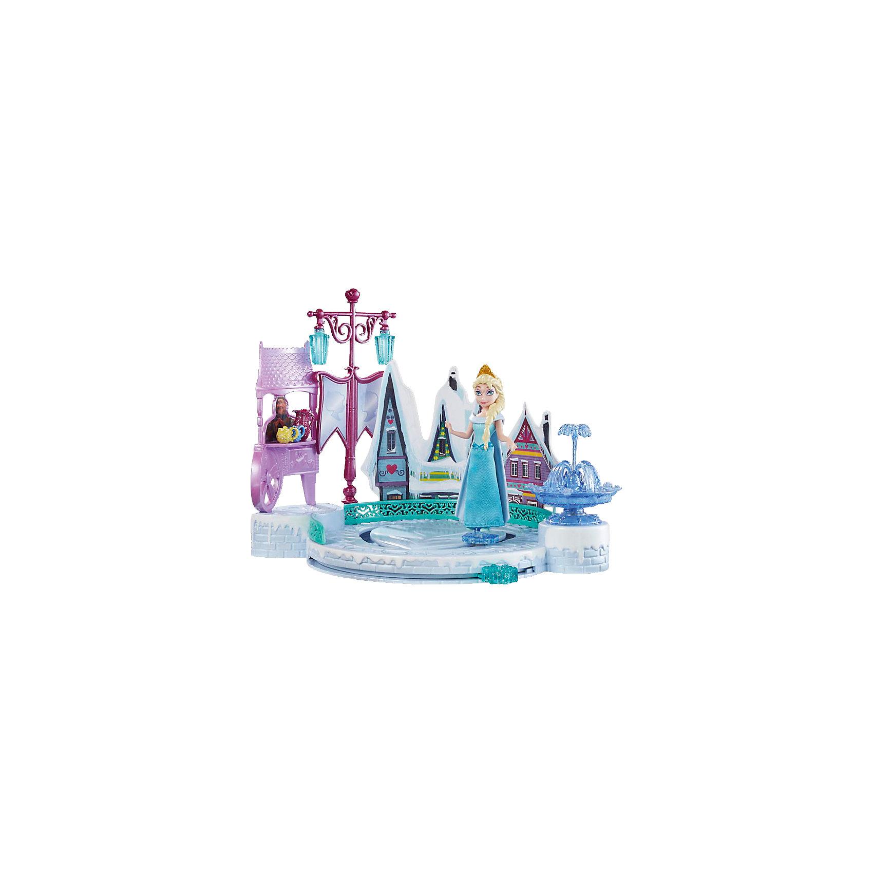 Кукла Эльза с аксессуарами, Disney PrincessПогрузись в зимнюю сказку вместе с прекрасной Эльзой! Принцесса обожает зимние забавы и катание на коньках. С помощью специального рычага можно перемещать куклу по льду небольшого озера, создавая иллюзию скольжения. Озеро располагается около чудесных маленьких домиков и красивого фонтана. Эльза одета в голубое платье, на голове у нее королевская корона. Фигурка прекрасно детализирована и очень похожа на героиню мультфильма Холодное сердце (Frozen). Прекрасный набор для вашей маленькой прекрасно принцессы!  <br><br>Дополнительная информация:<br><br>- Материал: пластик.<br>- Размер упаковки: 30 x 25 x 6 см.<br>- Не требуются батарейки. <br>- Комплектация: фигурка Эльзы, каток, дома, фонтан. <br><br>Куклу Эльзу с аксессуарами, Disney Princess (Принцессы Диснея) можно купить в нашем магазине.<br><br>Ширина мм: 310<br>Глубина мм: 261<br>Высота мм: 68<br>Вес г: 456<br>Возраст от месяцев: 36<br>Возраст до месяцев: 72<br>Пол: Женский<br>Возраст: Детский<br>SKU: 4132313