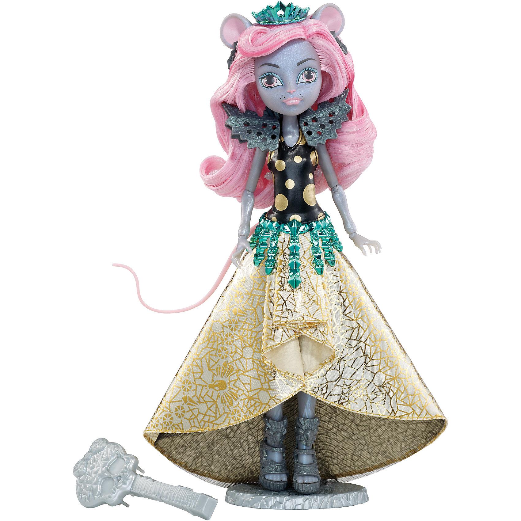 Кукла Мауседес Кинг Boo York, Monster HighПопулярные игрушки<br>Mouscedes King - дочь Крысиного Короля. Несмотря на свои гены, мышка не переносит лактозу, поэтому ее категорически противопоказано любимое мышиное лакомство - сыр. Зато девочка прекрасно танцует и , конечно, является большой модницей. Мауседес Кинг выбрала эффектный наряд: лиф в крупный золотистый горошек, клиновидная юбка с золотой отделкой и ярко-синяя тиара. Ее мышиные ушки, хвостик и бархатная шерстка смотрятся просто чудовищно прекрасно. Собери всех кукол Monster High (Монстр Хай) из серии «Boo York» и устрой свою сногсшибательную вечеринку! <br><br>Дополнительная информация:<br><br>- Высота куклы: 27 см.<br>- Голова, ноги, руки подвижные (шарнирные).<br>- Комплектация: кукла, одежда, расческа, подставка, дневник. <br>- Материал: пластик, текстиль.<br><br>Куклу Мауседес Кинг Boo York, Monster High (Школа монстров), можно купить в нашем магазине.<br><br>Ширина мм: 337<br>Глубина мм: 230<br>Высота мм: 71<br>Вес г: 265<br>Возраст от месяцев: 72<br>Возраст до месяцев: 120<br>Пол: Женский<br>Возраст: Детский<br>SKU: 4132329
