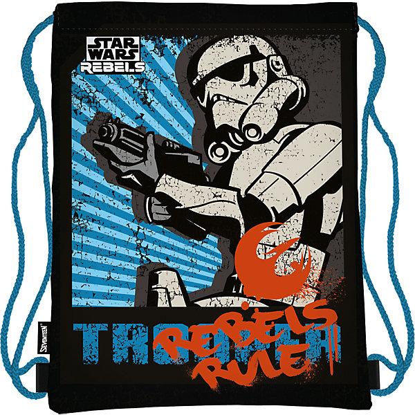 Сумка-рюкзак для обуви Star WarsЗвездные войны Товары для фанатов<br>Сумку-рюкзак удобно использовать для хранения и переноски сменной обуви. Мешок выполнен из плотного материала. Он затягивается сверху при помощи текстильных шнурков, которые фиксируются в нижней части, благодаря чему его можно носить за спиной, как рюкзак.<br><br>Дополнительная информация:<br><br>Размер: 43 х 34 х 1 см.<br>Мешок для обуви.<br><br>Сумку-рюкзак для обуви Star Wars (Звездные войны) можно купить в нашем магазине.<br><br>Ширина мм: 430<br>Глубина мм: 340<br>Высота мм: 10<br>Вес г: 55<br>Возраст от месяцев: 96<br>Возраст до месяцев: 108<br>Пол: Мужской<br>Возраст: Детский<br>SKU: 4140863