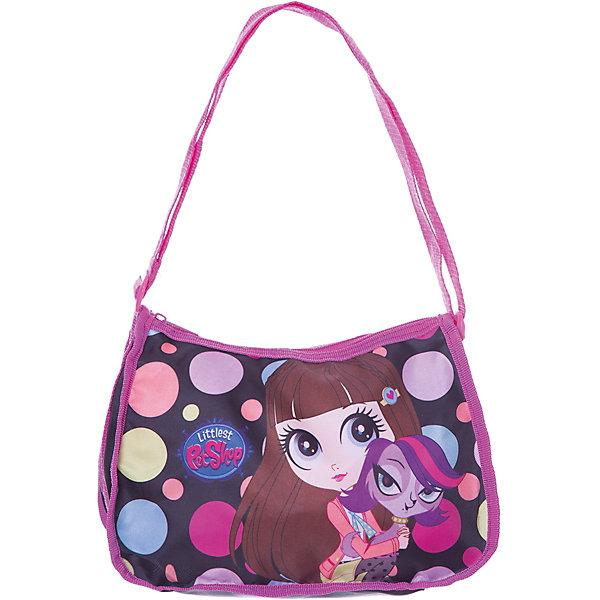 Сумка Littlest Pet Shop 20*26*12 смДорожные сумки и чемоданы<br>Стильная детская сумочка отлично подойдет для повседневных дел и прогулок маленькой модницы. В ней можно разместить самые необходимые вещи. Сумочка закрывается на молнию. Лямка регулируется по длине. Сумочка украшена изображениями любимых героев.<br><br>Дополнительная информация:<br><br>Одно отделение на молнии.<br>Размер 20 х 26 х 12 см.<br><br>Сумку Littlest Pet Shop (Маленький зоомагазин) 20*26*12 см можно купить в нашем магазине.<br>Ширина мм: 200; Глубина мм: 260; Высота мм: 120; Вес г: 112; Возраст от месяцев: 48; Возраст до месяцев: 84; Пол: Женский; Возраст: Детский; SKU: 4140995;