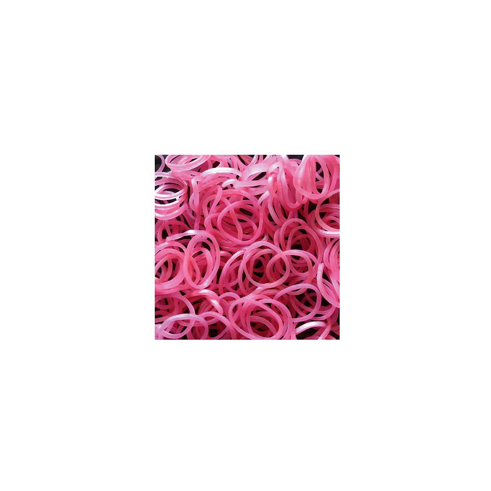 Резиночки Розовый перламутр, (24 с-клипсы+600 резиночек)Рукоделие<br>Набор миниатюрных резиночек Неон микс ярких оттенков от Rainbow Loom (Рэйнбоу Лум) привлечет девочку и поможет создать необычные украшения для себя и подруг. Резиночки приятно брать в руки, они хорошо тянутся, их удобно размещать на станке, плести руками или крючком. Готовый браслет или ожерелье можно соединить при помощи с-клипс, входящих в набор. <br><br>Дополнительная информация:<br><br>В наборе 300 резиночек и 12 пластиковых с-клипс. <br><br>Резиночки Розовый перламутр, (24 с-клипсы+600 резиночек)  можно купить в нашем магазине.<br><br>Ширина мм: 110<br>Глубина мм: 55<br>Высота мм: 15<br>Вес г: 51<br>Возраст от месяцев: 84<br>Возраст до месяцев: 204<br>Пол: Унисекс<br>Возраст: Детский<br>SKU: 4141088