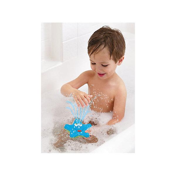 Игрушка для ванной Звёздочка, MunchkinИгрушки для ванной<br>Игрушка для ванной Звёздочка, Munchkin (Манчкин) – эта игрушка доставит малышу немало веселых минут во время купания!<br>Очаровательная игрушка для ванной Звёздочка с улыбающимся личиком не оставит ребенка равнодушным. Она плавает на поверхности воды и вращается, а носик игрушки светится и весело брызгается водой. Если игрушку перевернуть носиком в воду, она озарит ярким голубым светом всю ванну. Игрушка выполнена из прочного безопасного пластика ярких цветов.<br><br>Дополнительная информация:<br><br>- В комплекте: 1 игрушка<br>- Цвет в ассортименте<br>- Материал: пластик<br>- Размер: 12,8 x 12,8 x 4,9 см.<br>- Батарейки: 3хААА (не входят в комплект)<br>- ВНИМАНИЕ! Данный товар представлен в ассортименте. К сожалению, предварительный выбор невозможен. При заказе нескольких единиц данного товара, возможно получение одинаковых<br><br>Игрушку для ванной Звёздочка, Munchkin (Манчкин) можно купить в нашем интернет-магазине.<br>Ширина мм: 40; Глубина мм: 150; Высота мм: 180; Вес г: 150; Возраст от месяцев: 12; Возраст до месяцев: 36; Пол: Унисекс; Возраст: Детский; SKU: 4142373;