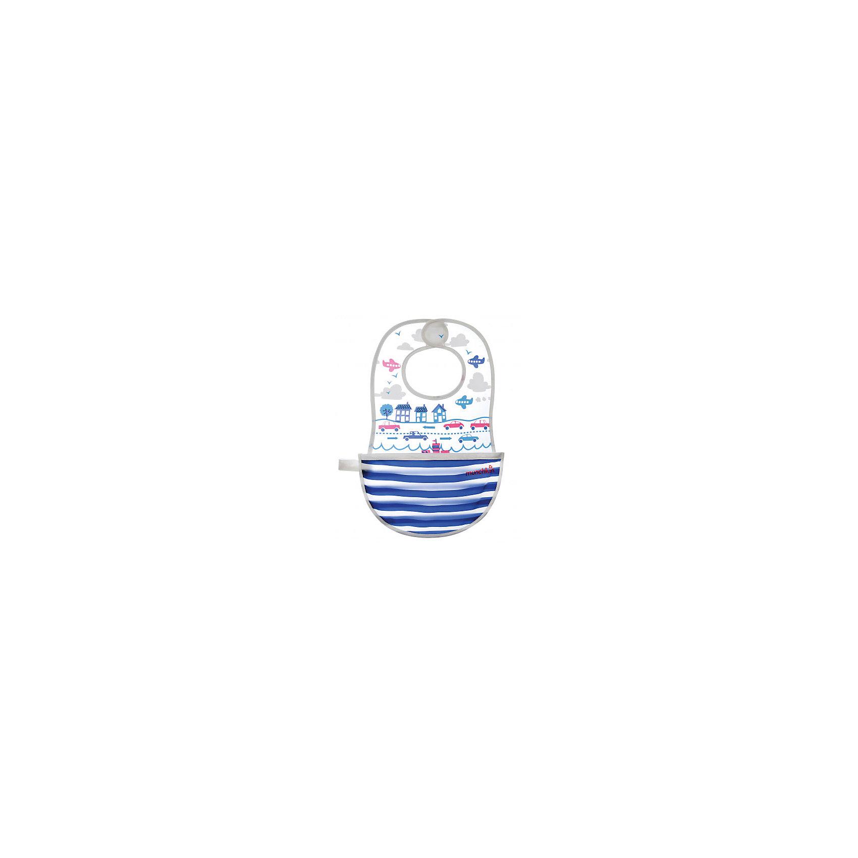 Нагрудник To-Go, MunchkinНагрудник To-Go, Munchkin (Манчкин) - это помощник мамы во время кормления малыша и в период приучения его к самостоятельному приему пищи.<br>Нагрудник Munchkin To-Go изготовлен из высококачественного мягкого пластика не содержит PVС и декорирован красочными рисунками с различной тематикой. На шее ребенка он фиксируется при помощи застежки на липучку. По горловине и краям оформлен кантом из хлопковой ткани, которая нежно соприкасается с кожей крохи и не натирает ее. Нагрудник оснащен специальным кармашком, куда попадают все крошки, что очень удобно и практично. Также нагрудник легко складывается и превращается в небольшую сумочку, в которую с легкостью помещается различные аксессуары для кормления, ложки, посуду, салфетки, чтобы все это не было разбросано по всей сумке, а лежало в порядке. Такая сумочка застегивается на липучку и имеет петельку, при помощи которой ее можно повесить на ручку коляски или сумки, а во время прогулки все быстро достать и накормить ребенка. Нагрудник очень компактный, его удобно брать с собой в путешествие, поездку на природу.<br><br>Дополнительная информация:<br><br>- В комплекте: 1 нагрудник<br>- Расцветка в ассортименте<br>- Материал: пластик<br>- Размер нагрудника: 39,5 х 26,5 см.<br>- Размер в виде сумочки: 26,5 х 15 см.<br>- Подходит для деток с обхватом шее до 31 см.<br>- Размер упаковки: 24 х 9 х 9 см.<br>- Вес: 150 г.<br>- ВНИМАНИЕ! Данный товар представлен в ассортименте. К сожалению, предварительный выбор невозможен. При заказе нескольких единиц данного товара, возможно получение одинаковых<br><br>Нагрудник To-Go, Munchkin (Манчкин) можно купить в нашем интернет-магазине.<br><br>Ширина мм: 240<br>Глубина мм: 90<br>Высота мм: 90<br>Вес г: 150<br>Возраст от месяцев: 4<br>Возраст до месяцев: 36<br>Пол: Унисекс<br>Возраст: Детский<br>SKU: 4142394