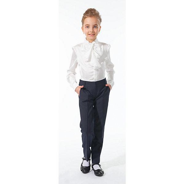 Блузка для девочки Silver SpoonБлузки и рубашки<br>Блузка для девочки Silver Spoon (Сильвер Спун) - отличный вариант для маленьких школьниц. Симпатичная модная блузка позволит создать свой оригинальный образ и чувствовать себя комфортно на протяжении всего дня занятий. Модель очень легкая и приятная на ощупь, не сковывает движений, не раздражает кожу и позволяет ей дышать. У блузки длинные рукава с манжетами на пуговичках, воротник-стойка, спереди застегивается на пуговицы. Модель декорирована на груди нарядным жабо. Классический покрой позволяет использовать блузку в различных сочетаниях - с юбкой, брюками, костюмом и другими предметами школьного гардероба. Все модели Сильвер Спун предназначены для повседневного интенсивного использования и выполнены из прочных тканей, которые позволяют вещам выглядеть великолепно на протяжении длительного срока эксплуатации. Стирка при температуре 30°С, гладить при температуре до 110°С.<br><br>Дополнительная информация:<br><br>- Цвет: белый.<br>- Материал: 97% полиэстер, 3% спандекс.<br><br>Блузку для девочки, Silver Spoon (Сильвер Спун), можно купить в нашем интернет-магазине.<br>Ширина мм: 186; Глубина мм: 87; Высота мм: 198; Вес г: 197; Цвет: белый; Возраст от месяцев: 120; Возраст до месяцев: 132; Пол: Женский; Возраст: Детский; Размер: 146,158,152,128,140,134; SKU: 4145854;