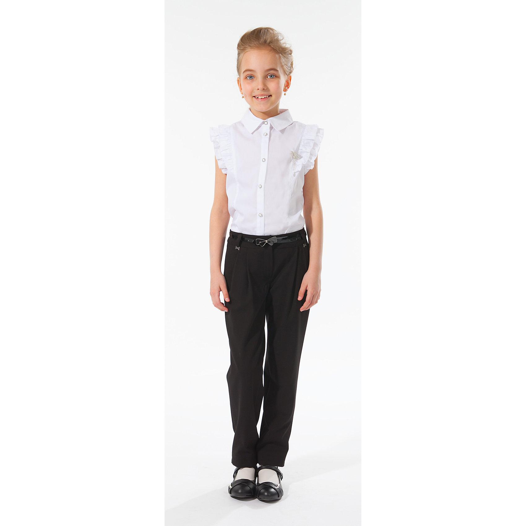 Блузка для девочки Silver SpoonБлузка для девочки Silver Spoon (Сильвер Спун) - отличный вариант для маленьких школьниц. Симпатичная модная блузка позволит создать свой оригинальный образ и чувствовать себя комфортно на протяжении всего дня занятий. Модель из хлопка очень легкая и приятная на ощупь, не раздражает кожу и позволяет ей дышать. У блузки короткие рукава, отделанные по краям нарядными оборочками, отложной воротничок, спереди застегивается на пуговицы. Классический покрой позволяет использовать блузку в различных сочетаниях - с юбкой, брюками, костюмом и другими предметами школьного гардероба. Все модели Сильвер Спун предназначены для повседневного интенсивного использования и выполнены из прочных тканей, которые позволяют вещам выглядеть великолепно на протяжении длительного срока эксплуатации. Стирка при температуре<br>30°С, гладить при температуре до 150°С.<br><br>Дополнительная информация:<br><br>- Цвет: белый.<br>- Материал: 71% хлопок, 25% полиамид, 4% спандекс.<br><br> Блузку для девочки, Silver Spoon (Сильвер Спун), можно купить в нашем интернет-магазине.<br><br>Ширина мм: 186<br>Глубина мм: 87<br>Высота мм: 198<br>Вес г: 197<br>Цвет: белый<br>Возраст от месяцев: 108<br>Возраст до месяцев: 120<br>Пол: Женский<br>Возраст: Детский<br>Размер: 140,128,158,152,164,146,134<br>SKU: 4145927