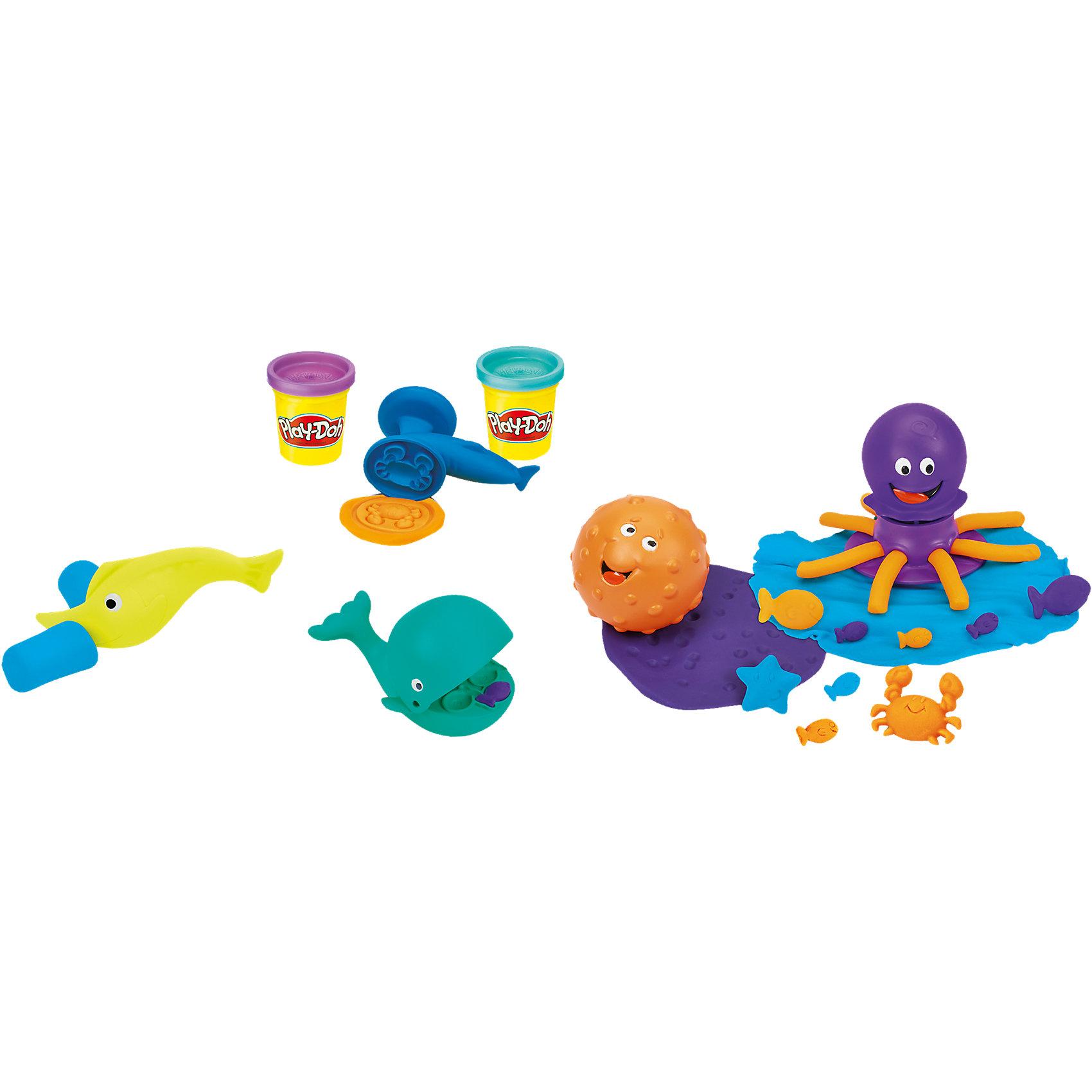Игровой набор Подводный мир, Play-DohЛепка<br>Игровой набор Подводный мир, Play-Doh (Плэй-До) подарит много часов веселья и полезного времяпрепровождения: режь, штампуй, выдавливай, раскатывай и многое другое!<br><br>Характеристики:<br>-Пластилин создан из пищевых компонентов, благодаря чему он абсолютно безопасен <br>-Пластилин не липнет к рукам, не оставляет следов на одежде, имеет приятный запах<br><br>Комплектация: штамп акула-молот, ролик рыба-молот, экструдер-осьминог, рыба-резак, форма для выдавливания в виде кита , 3 баночки разноцветного пластилина<br><br>Дополнительная информация:<br>-Материалы: пластик, пластилин<br><br>Игровой набор Подводный мир от Плэй-До обязательно понравится всем маленьким любителям проводить время за лепкой!<br><br>Игровой набор Подводный мир, Play-Doh (Плэй-До) можно купить в нашем магазине.<br><br>Ширина мм: 211<br>Глубина мм: 180<br>Высота мм: 63<br>Вес г: 425<br>Возраст от месяцев: 36<br>Возраст до месяцев: 72<br>Пол: Унисекс<br>Возраст: Детский<br>SKU: 4156434