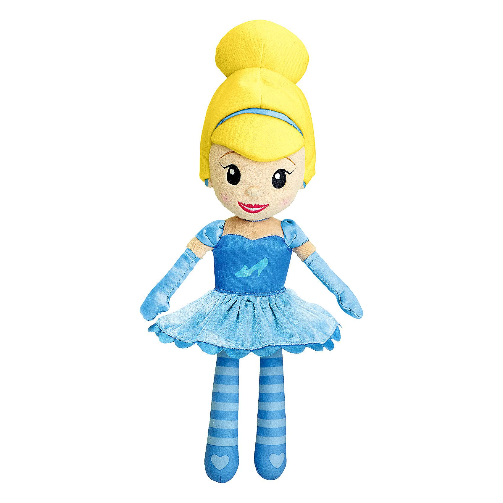 Мягкая игрушкас с мелодией Золушка, Disney, CHICCOМягкие куклы<br>Мягкая игрушкас с мелодией Золушка, Disney, CHICCO (ЧИКО) – эта музыкальная кукла перенесет девочку в магический мир Принцесс Disney.<br>Кукла «Золушка» сделана из мягкой ткани и прекрасно подойдет для малышек с 18 месяцев. Кукла одета в нарядное платье для бала, ее образ дополняют элегантные аксессуары и праздничная прическа. Если нажать на животик Золушки, то вы услышите приятные мелодии, которые напомнят чудесную историю этой принцессы из всеми любимого анимационного фильма. Мягкая привлекательная кукла станет любимой игрушкой вашей маленькой принцессы!<br><br>Дополнительная информация:<br><br>- Размер куклы: 35 см.<br>- Материал: текстиль, наполнитель<br>- Батарейки: 3 х LR44 1,5 В (включены в комплект)<br>- Размер упаковки: 39 х 15 х 10 см.<br>- Уход: допускается машинная стирка игрушки при 30 градусах, предварительно вынув электронный модуль<br><br>Мягкую игрушку с мелодией Золушка, Disney, CHICCO (ЧИКО) можно купить в нашем интернет-магазине.<br><br>Ширина мм: 412<br>Глубина мм: 167<br>Высота мм: 121<br>Вес г: 331<br>Возраст от месяцев: 18<br>Возраст до месяцев: 36<br>Пол: Женский<br>Возраст: Детский<br>SKU: 4162847